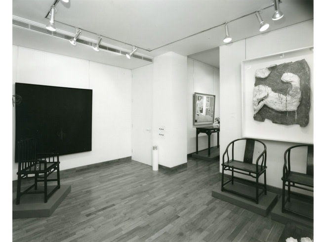 """<span class=""""link fancybox-details-link""""><a href=""""/exhibitions/242/works/image_standalone1249/"""">View Detail Page</a></span><p>AMERICAN PAINTINGS WITH CHINESE FUNITURE 