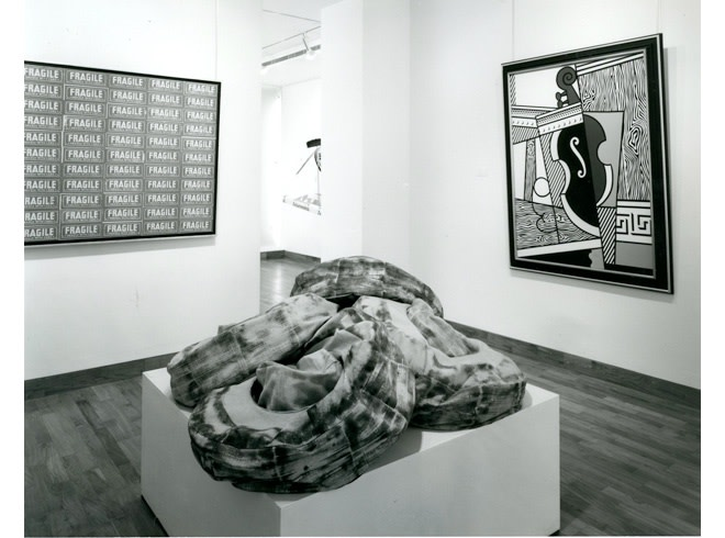 """<span class=""""link fancybox-details-link""""><a href=""""/exhibitions/258/works/image_standalone1335/"""">View Detail Page</a></span><p>A TRIBUTE TO LEO CASTELLI   16 APR - 17 MAY 1985   Installation View</p>"""