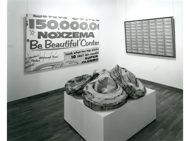 """<span class=""""link fancybox-details-link""""><a href=""""/exhibitions/258/works/image_standalone1336/"""">View Detail Page</a></span><p>A TRIBUTE TO LEO CASTELLI   16 APR - 17 MAY 1985   Installation View</p>"""