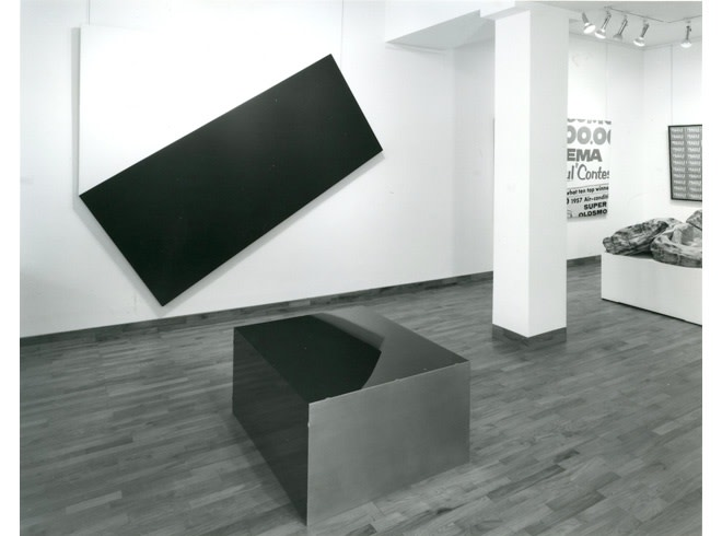 """<span class=""""link fancybox-details-link""""><a href=""""/exhibitions/258/works/image_standalone1337/"""">View Detail Page</a></span><p>A TRIBUTE TO LEO CASTELLI   16 APR - 17 MAY 1985   Installation View</p>"""