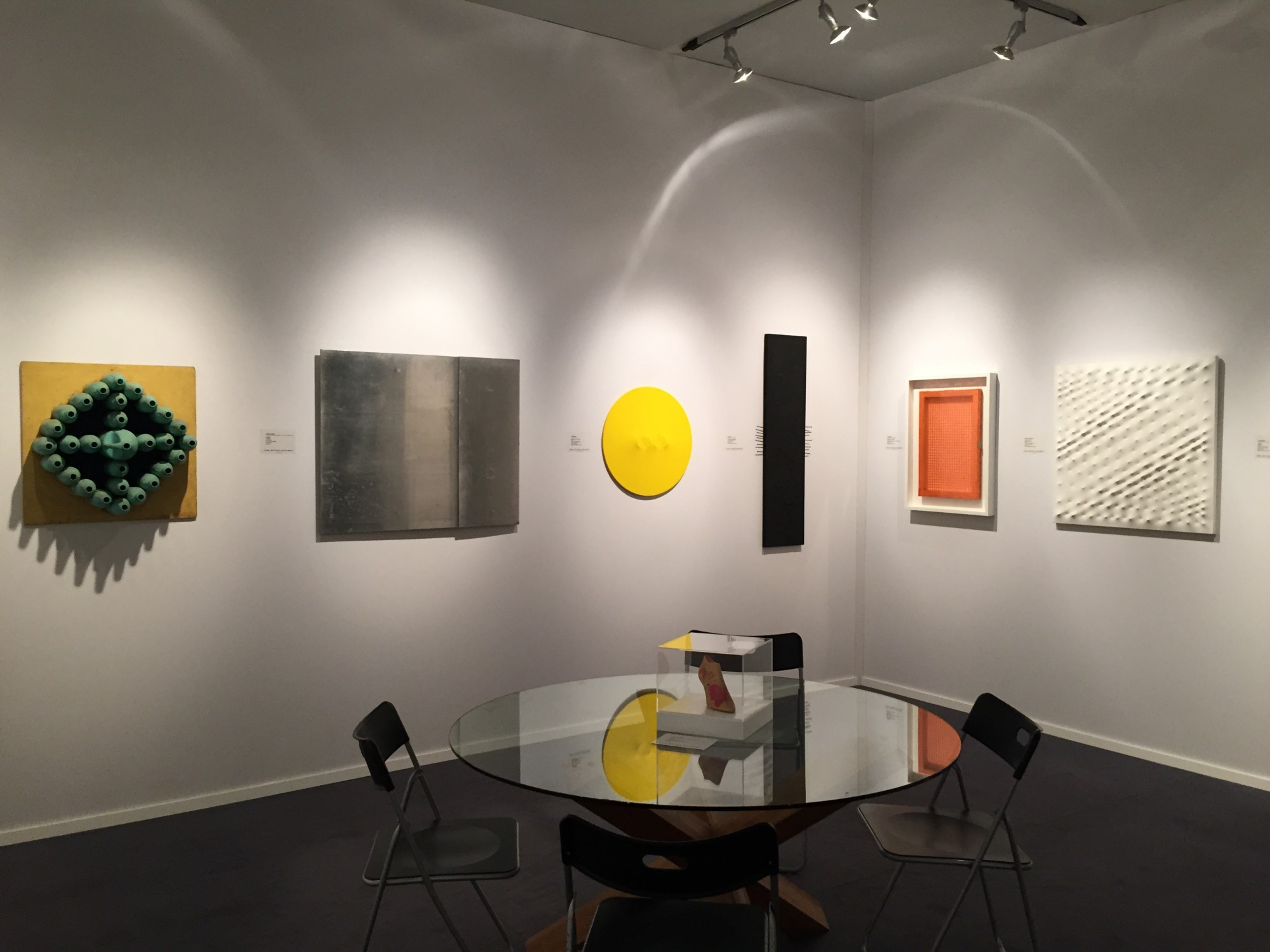"""<span class=""""link fancybox-details-link""""><a href=""""/exhibitions/315/works/image_standalone1561/"""">View Detail Page</a></span><p>TEFAF 2015, INSTALLATION VIEW</p>"""