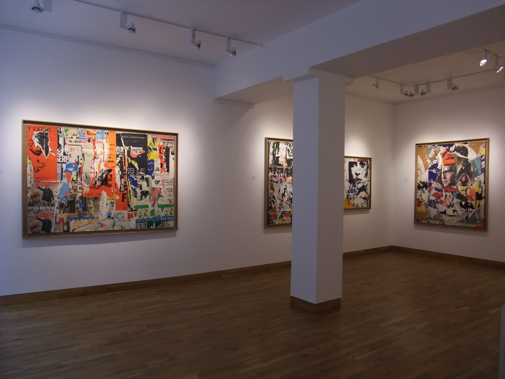 """<span class=""""link fancybox-details-link""""><a href=""""/exhibitions/97/works/image_standalone333/"""">View Detail Page</a></span><p>MIMMO ROTELLA & JACQUES VILLEGLÉ   22 SEP - 24 OCT 2008   Installation View</p>"""
