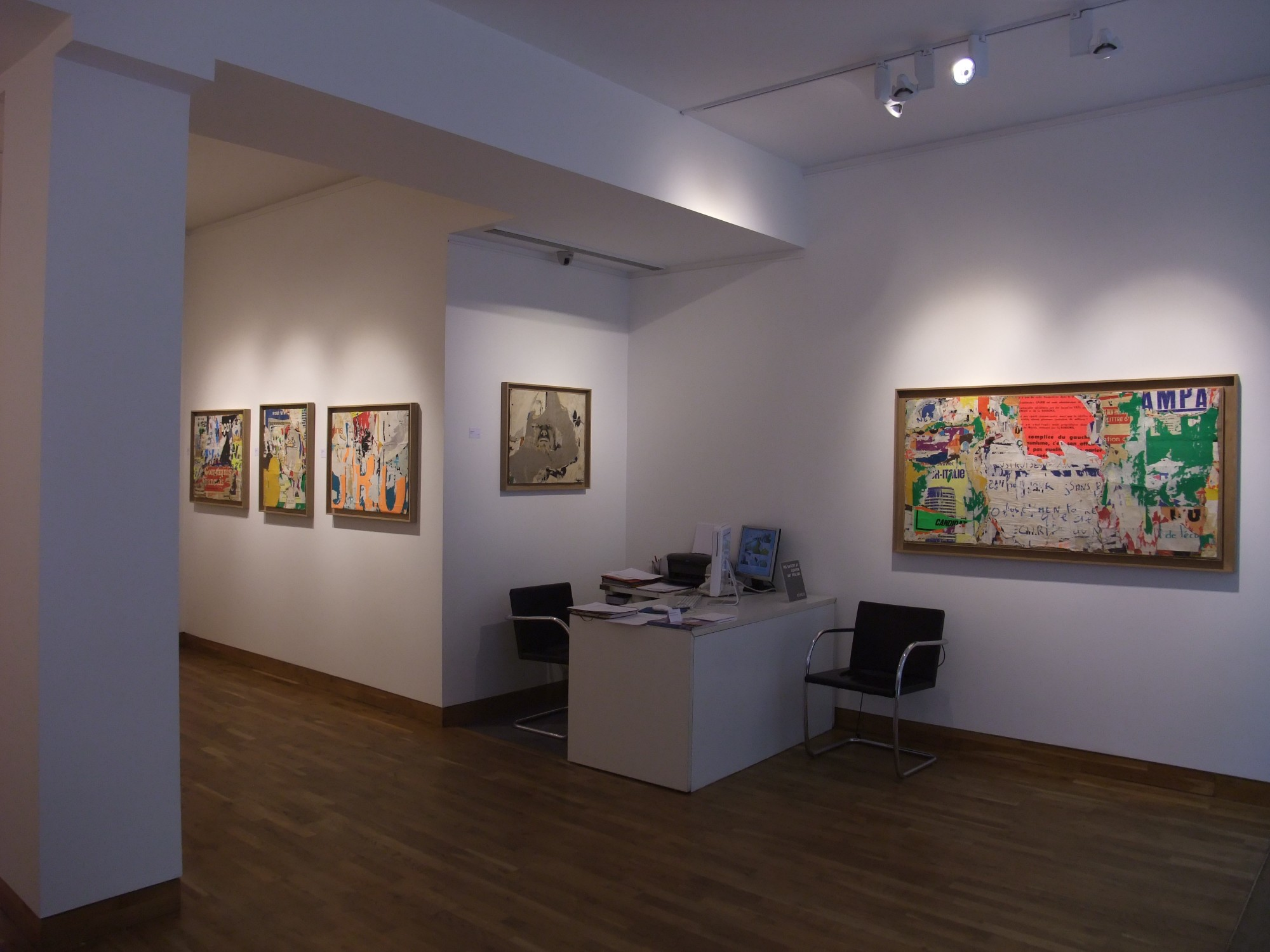 """<span class=""""link fancybox-details-link""""><a href=""""/exhibitions/97/works/image_standalone334/"""">View Detail Page</a></span><p>MIMMO ROTELLA & JACQUES VILLEGLÉ   22 SEP - 24 OCT 2008   Installation View</p>"""