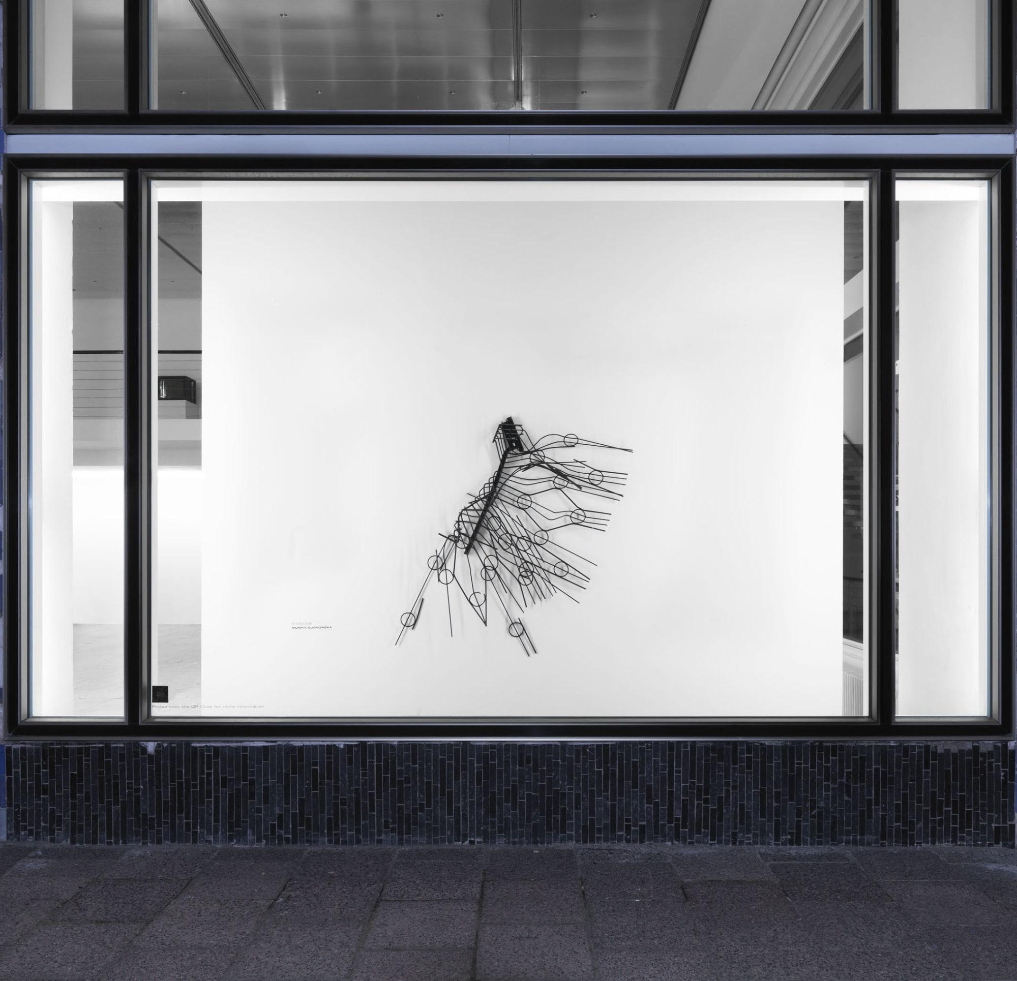 Showcase: Monika Sosnowska