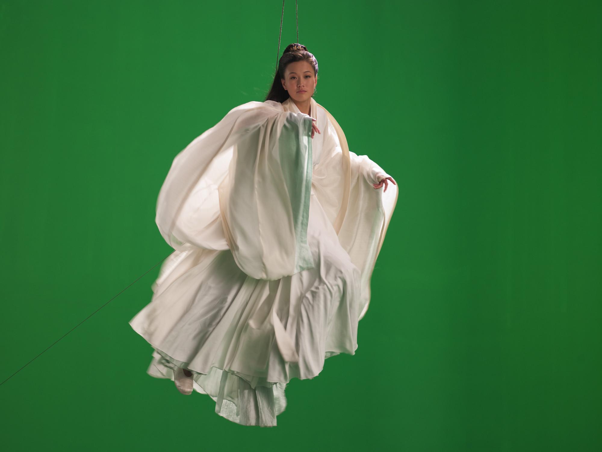 Isaac Julien, Green Screen Goddess (Ten Thousand Waves), 2010