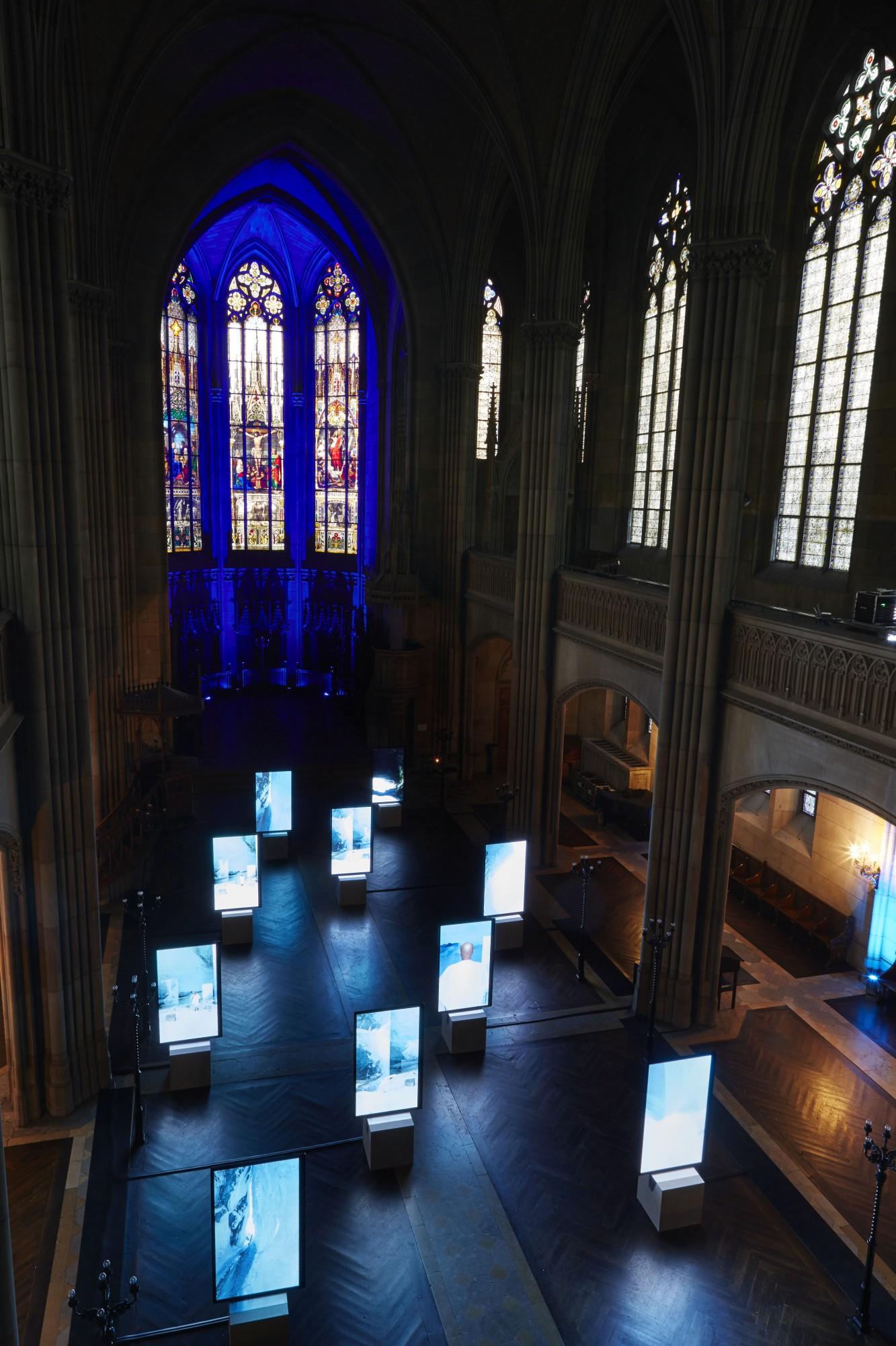 Stones Against Diamonds, Rolls-Royce Arts Programme. Elisabethenkirche, Basel, 2015  58'28'', high definition video on 10 portrait screens, colour, stereo sound