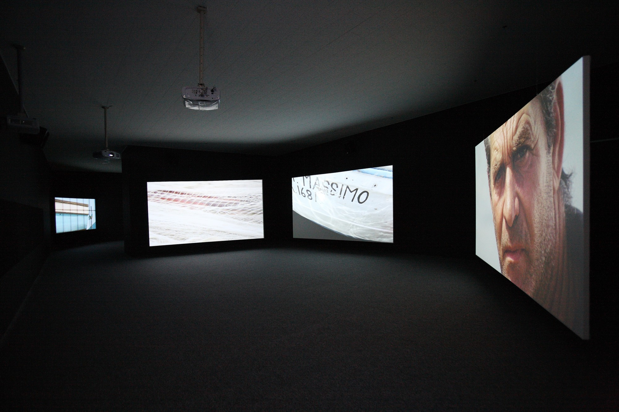 Annual Report. Gwangju Biennale, 2009  18'22', five-screen film installation, 16mm film transferred to digital, colour, 5.1 sound