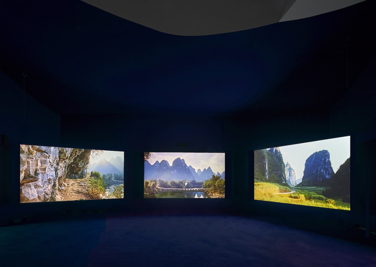 Harmony and Transition: Reflecting Chinese Landscapes. Marta Herford Museum for Art, Herford, 2016  49'41'', three-screen installation, 35mm film transferred to digital, colour, 9.2 sound