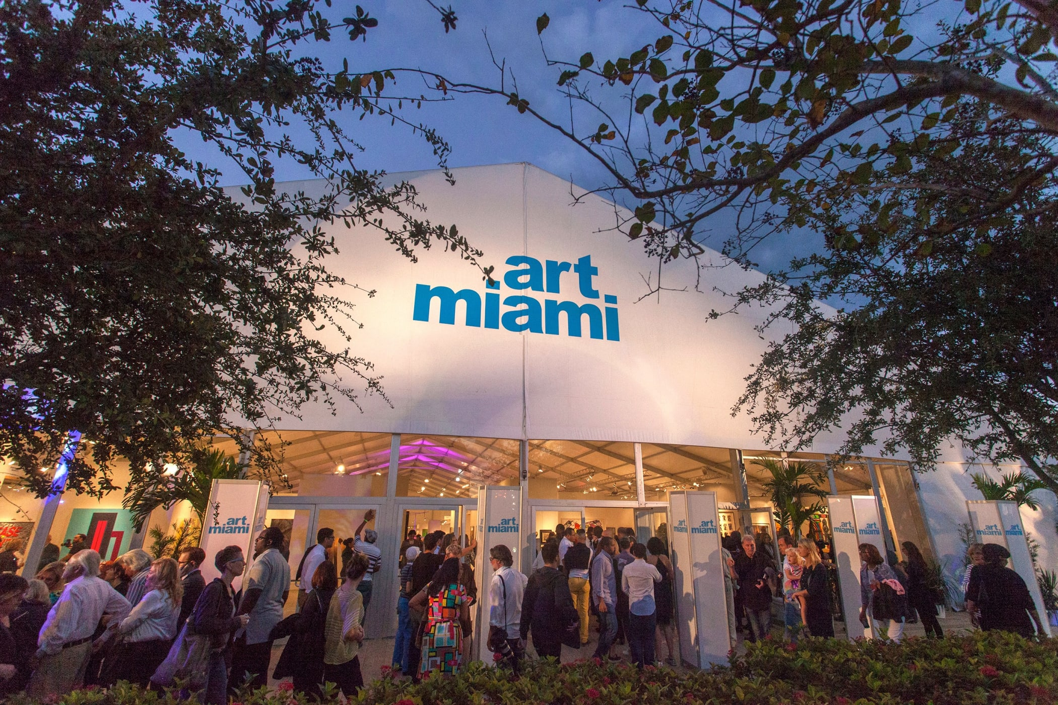 Art Miami fair entrance