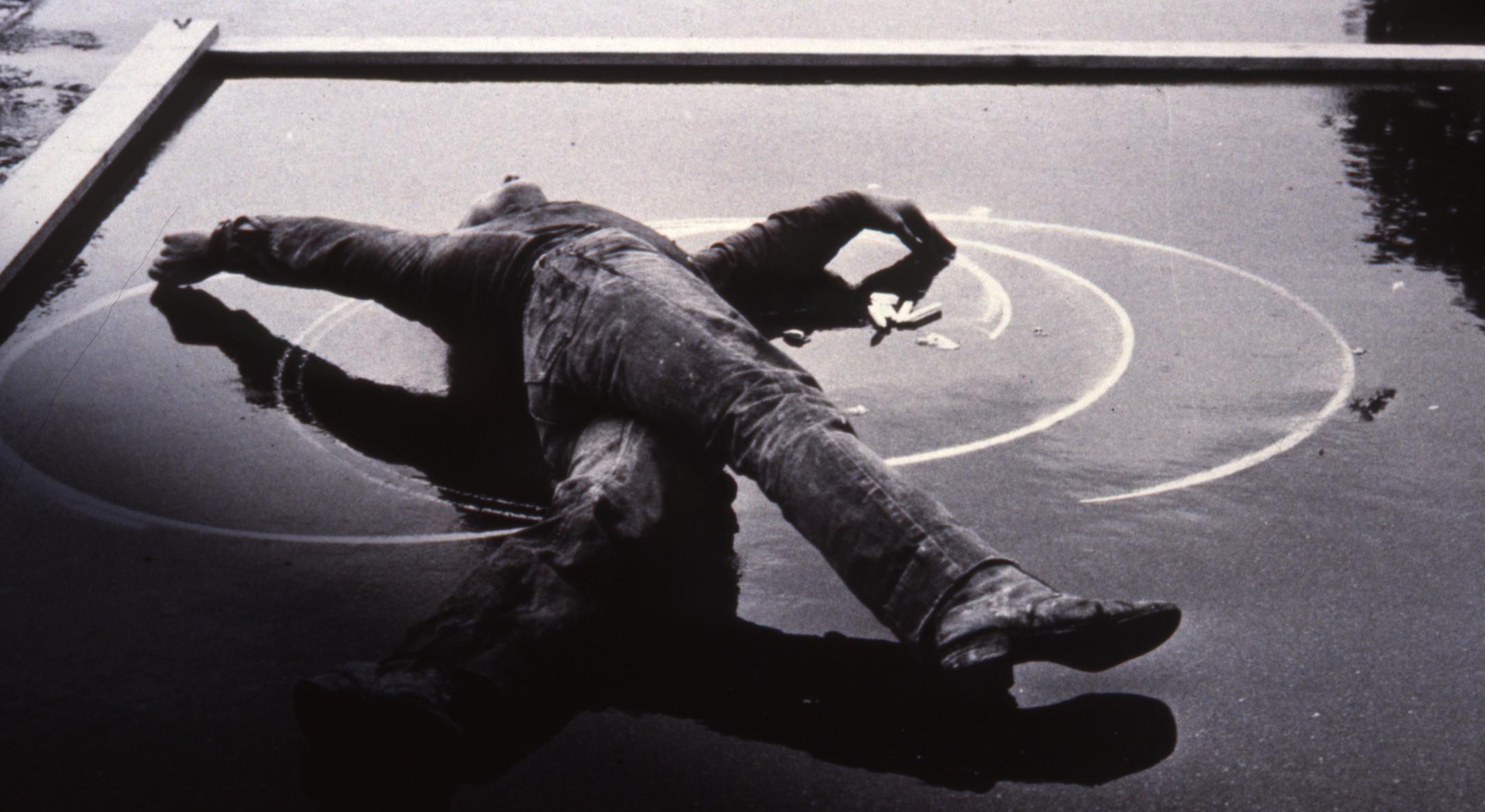 Stuart Brisley, Beneath Dignity, 1977, Performance Englische Kunst Der Gegenwart, Bregenz, Collection Tate (detail)