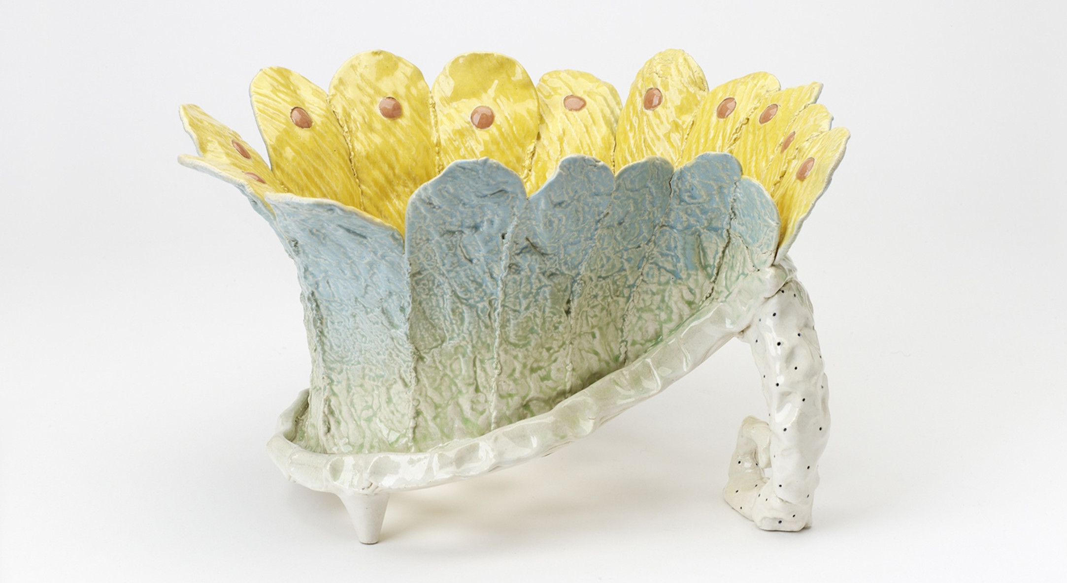 Richard Slee, Fruit Bowl, 1982, P313. Photo: Relic Imaging Ltd, courtesy of the Crafts Council.