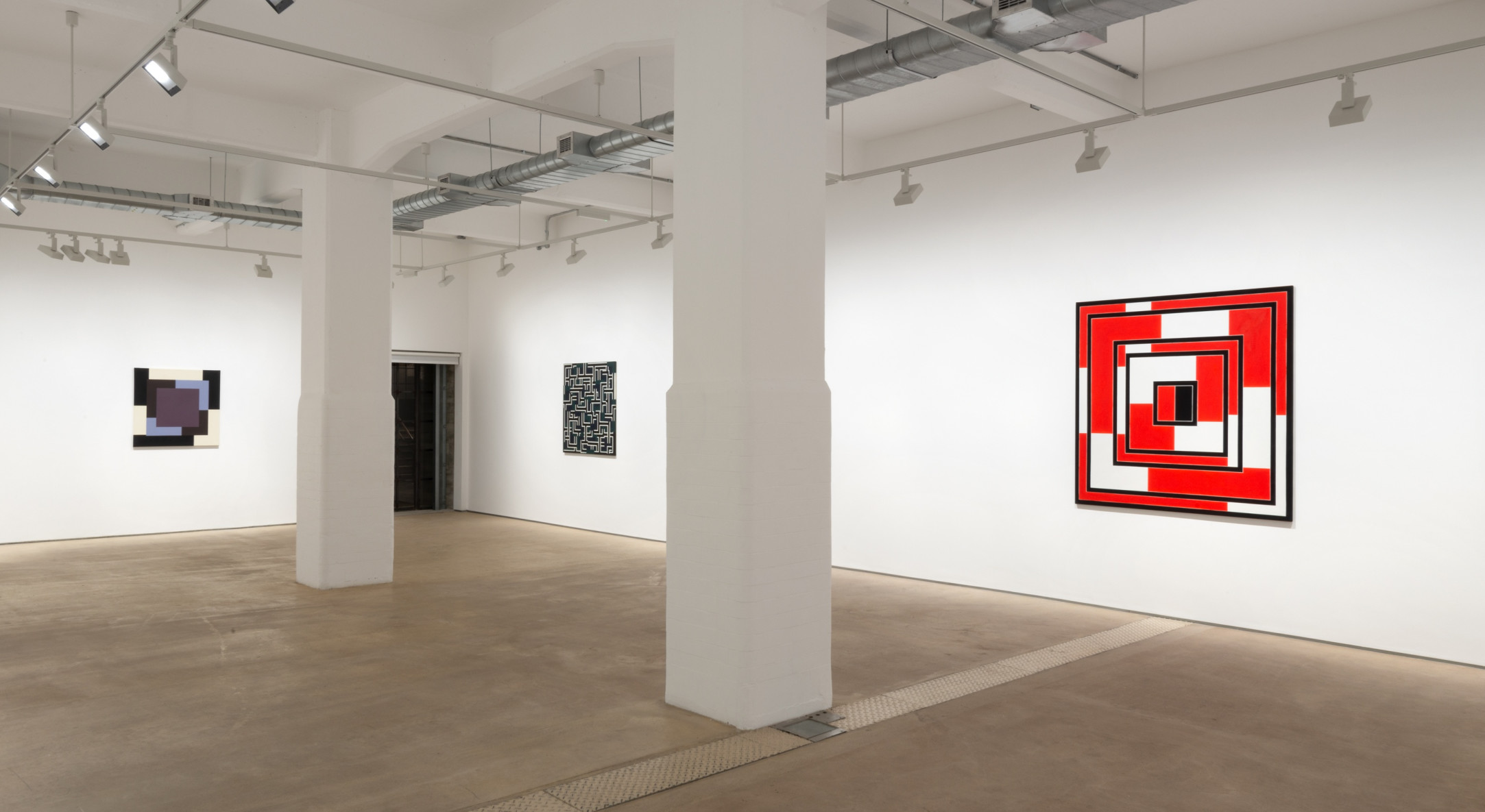 Mary Webb, Extended Square, Hales London, 2021