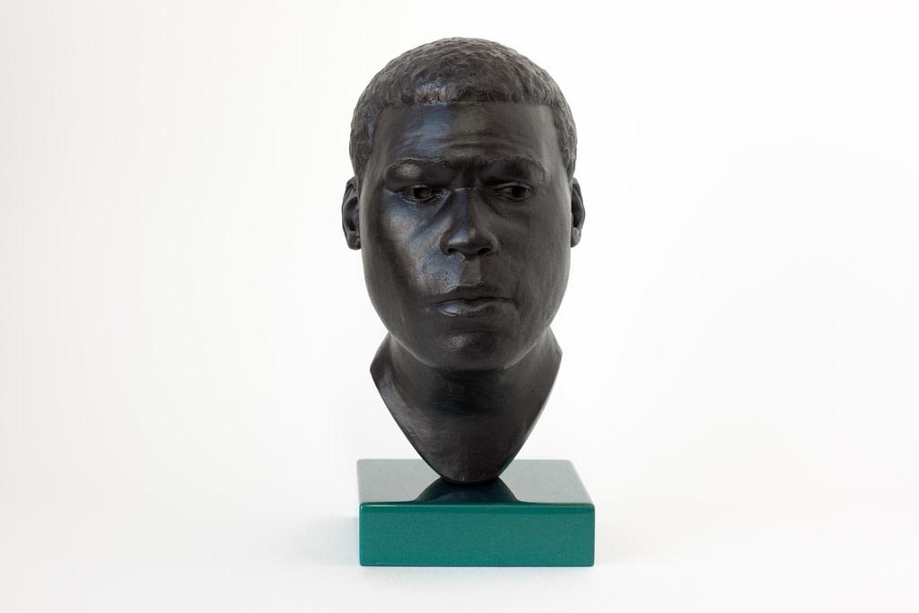 Thomas J Price, Head 17, 2014, Bronze, Perspex, and Automotive Spray Paint, 22 x 11 x 14 cm, 8 5/8 x 4 3/8 x 5 1/2 in