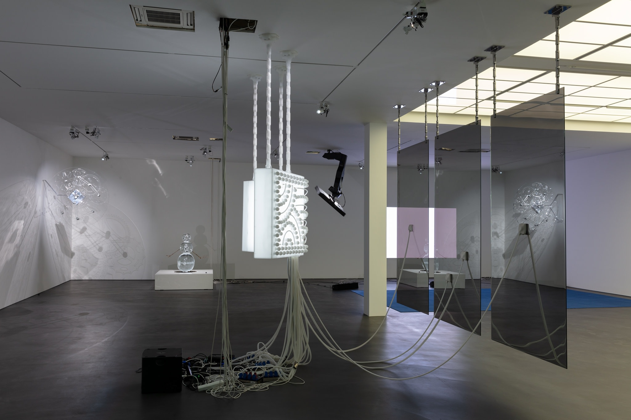 Exhibition view: Philippe Parreno, Manifestations, Esther Schipper, Berlin, 2020. Photo © Andrea Rossetti