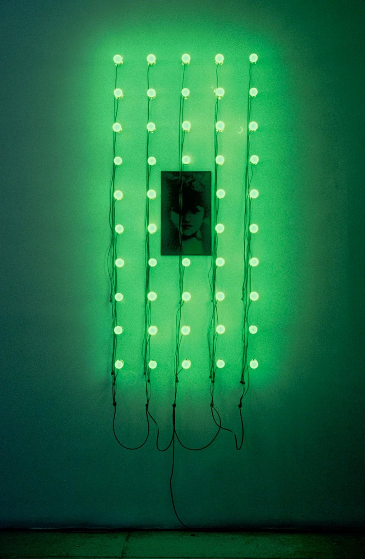 Christian Boltanski, Lumieres (Catherine), 2000