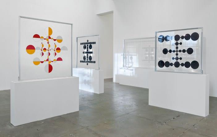 Gabriel Orozco thinking in circles