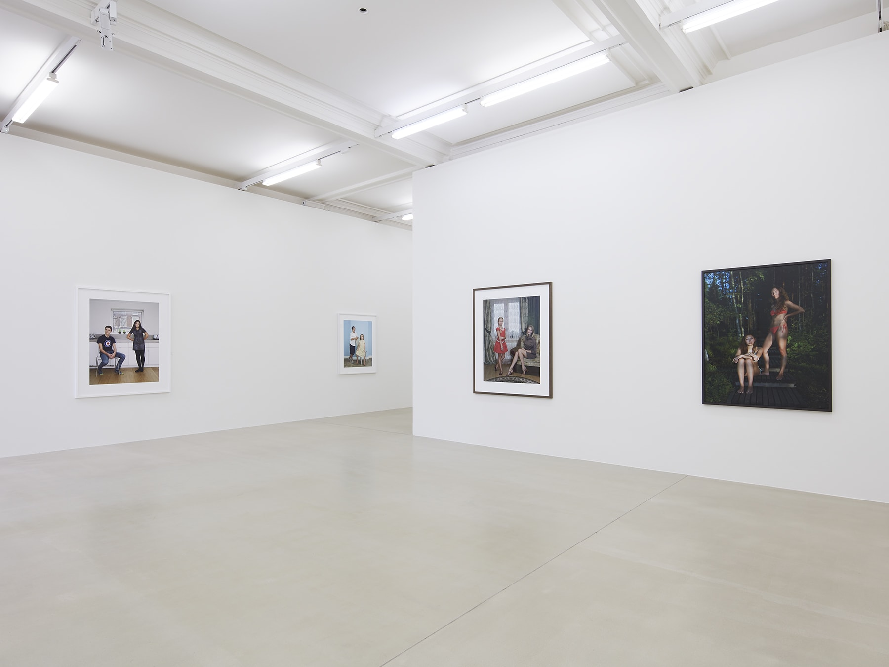 4 framed photographs in Rineke Dijkstra's exhibition at Marian Goodman Gallery, London, March 2020
