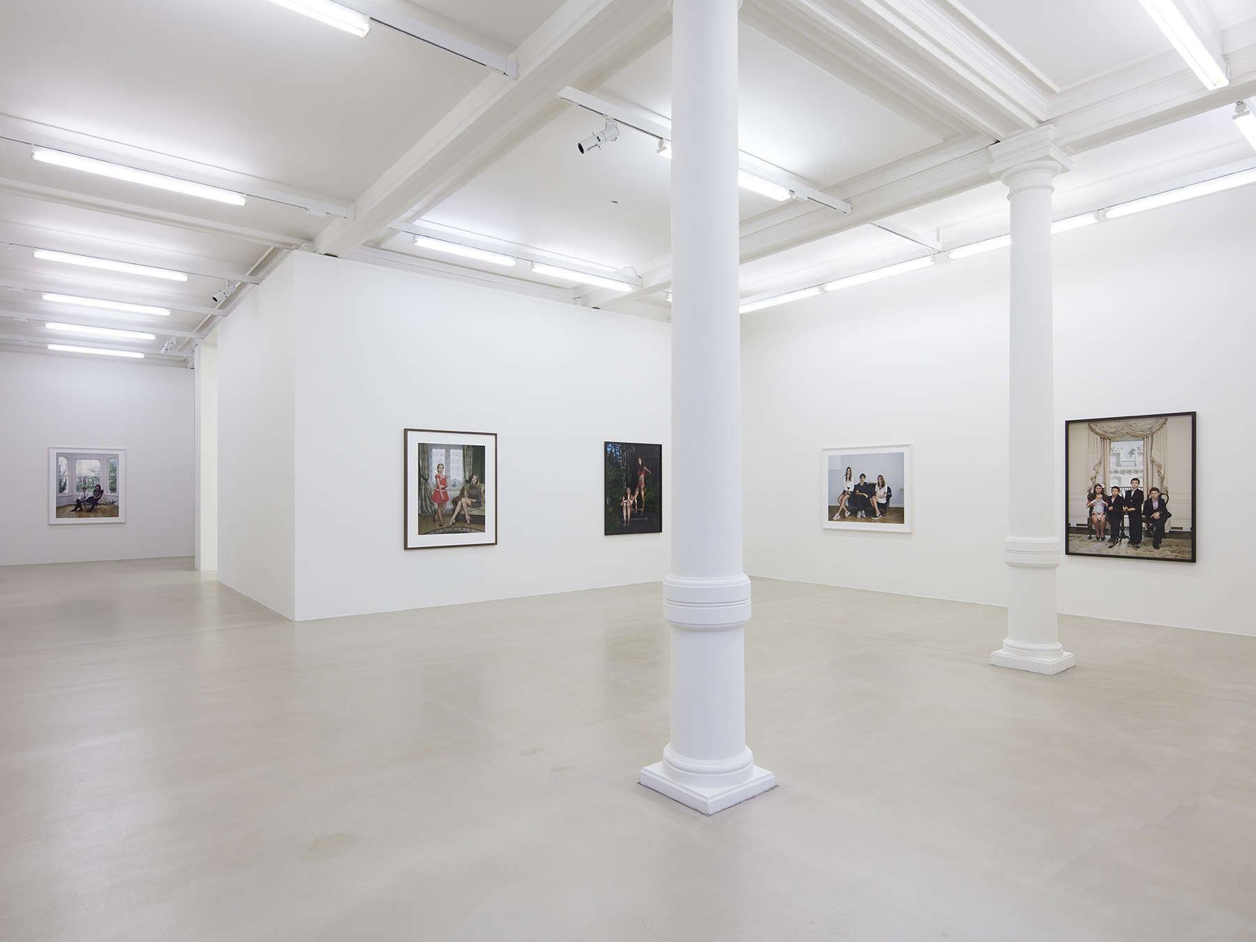 5 framed photographs in Rineke Dijkstra's exhibition at Marian Goodman Gallery, London, March 2020