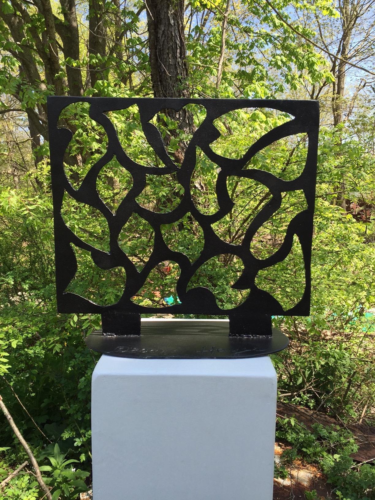 "<span class=""link fancybox-details-link""><a href=""/exhibitions/37/works/artworks542/"">View Detail Page</a></span><div class=""artist""><strong>David Hayes</strong></div><div class=""title""><em>Landscape Sculpture</em>, 2007</div><div class=""medium"">Painted, welded steel</div><div class=""dimensions"">61 x 55.9 x 26 cm<br>24 x 22 x 10 1/4 in.</div>"