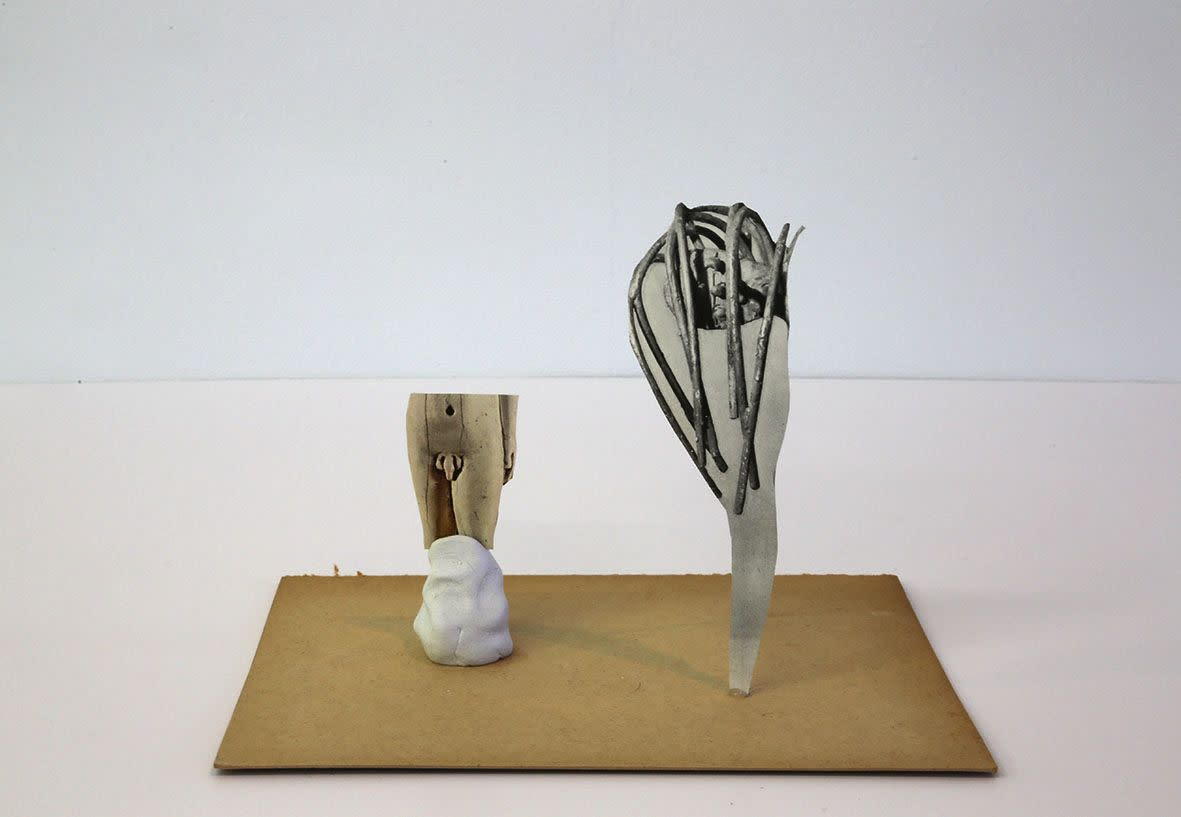 "<span class=""link fancybox-details-link""><a href=""/exhibitions/133/works/artworks9432/"">View Detail Page</a></span><div class=""artist""><strong> Geoffrey Farmer</strong></div><div class=""title""><em>Universal Sculpture Series 3</em>, 2013</div><div class=""medium"">paper, glue, putty</div><div class=""dimensions"">20.3 x 12.7 x 15.2 cm<br>7 15/16 x 5 x 5 15/16 in</div>"