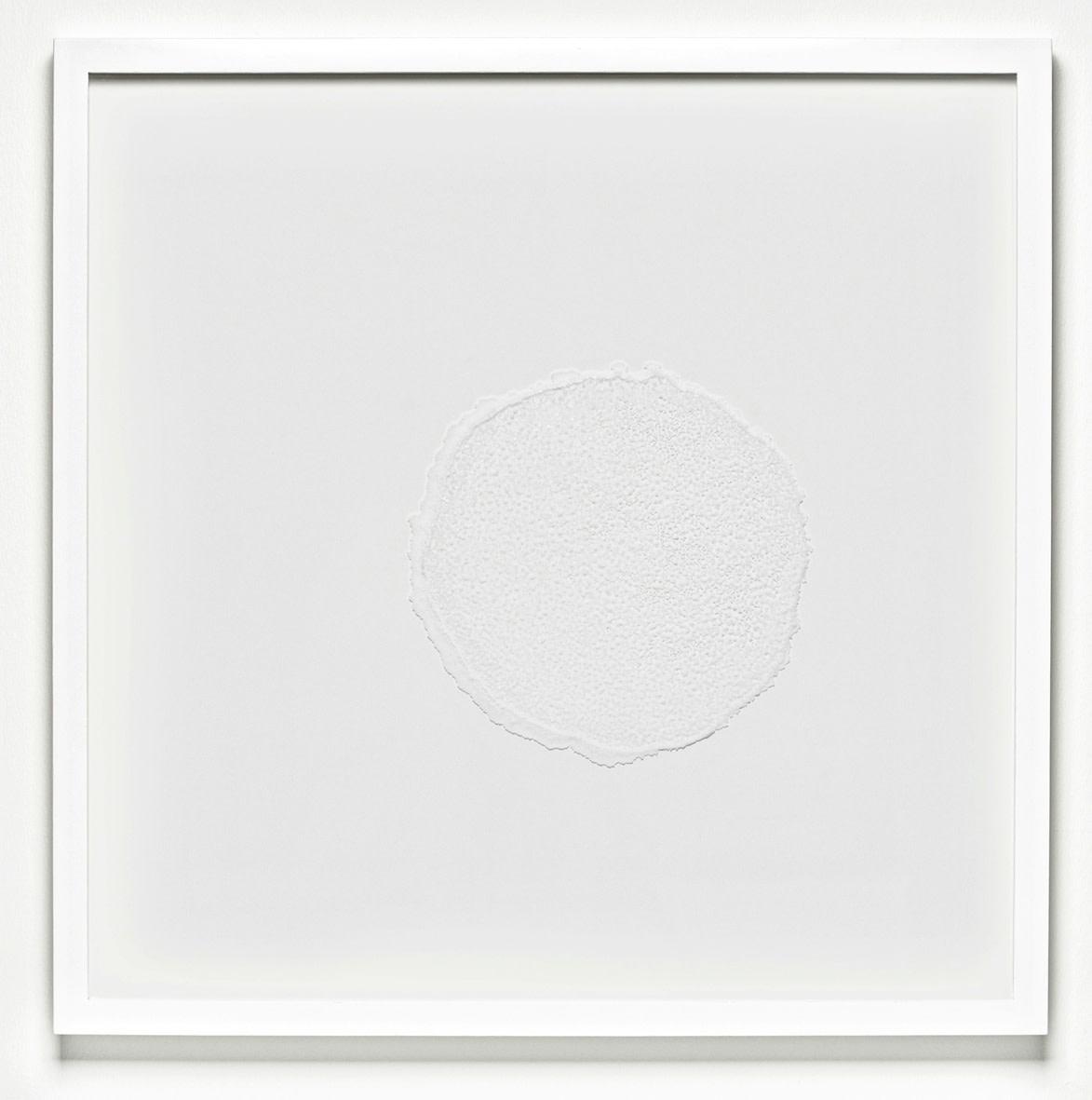 """<span class=""""link fancybox-details-link""""><a href=""""/exhibitions/129/works/artworks9040/"""">View Detail Page</a></span><div class=""""artist""""><strong>RAGNA RÓBERTSDÓTTIR</strong></div><div class=""""title""""><em>Mindscape (salt)</em>, 2013</div><div class=""""medium"""">sea salt on glass</div><div class=""""dimensions"""">72.0 x 72.0 x 4.5 cm<br>28 1/8 x 28 1/8 x 1 1/4 in</div>"""
