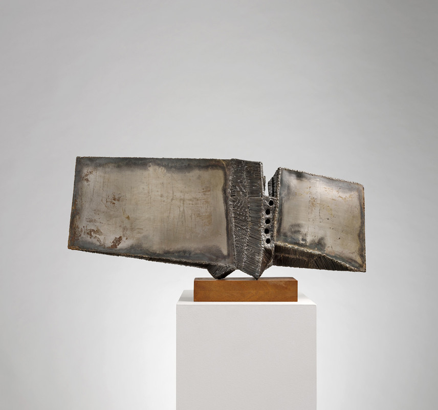 <span class=&#34;link fancybox-details-link&#34;><a href=&#34;/exhibitions/6/works/artworks353/&#34;>View Detail Page</a></span><div class=&#34;signed_and_dated&#34;>1962<br /> unique  </div> <div class=&#34;medium&#34;>welded steel and rods</div> <div class=&#34;dimensions&#34;>31 x 66 cms (12¼ x 26 ins)</div>
