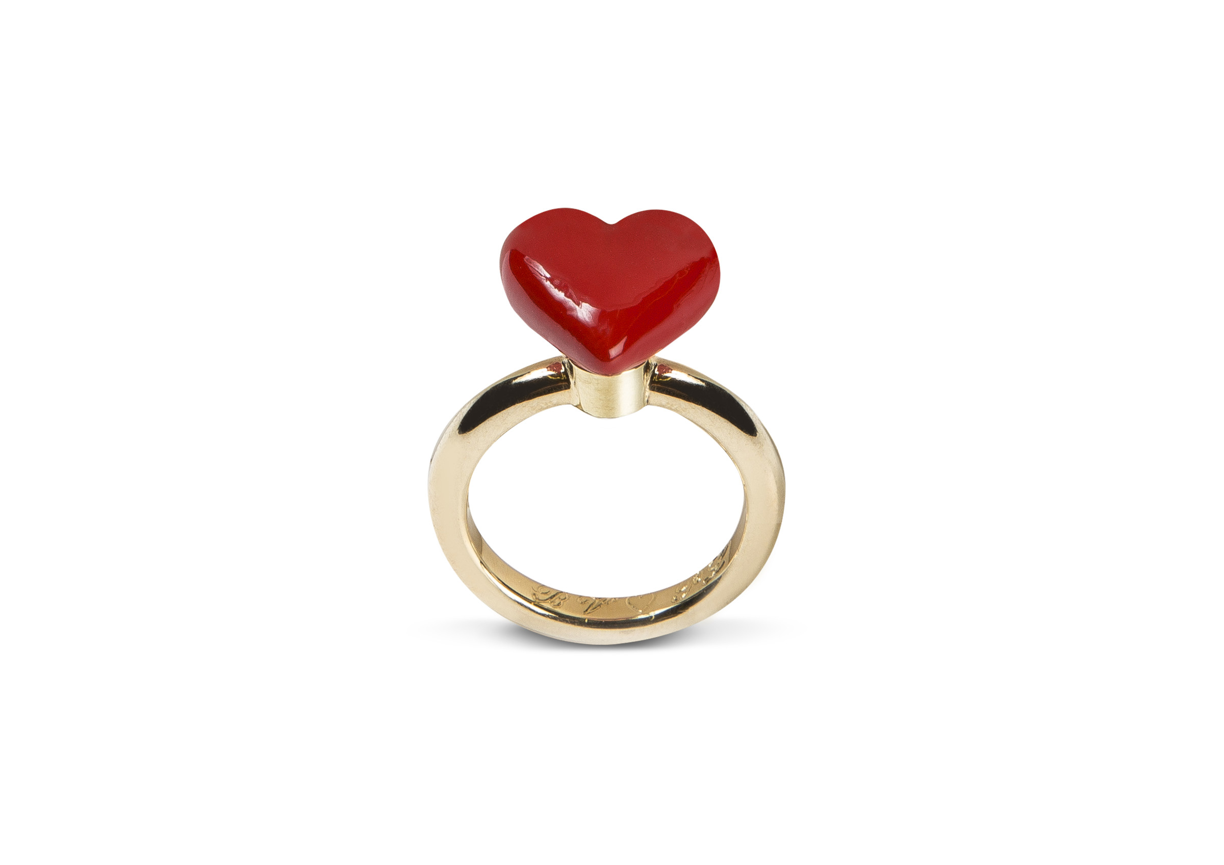 <span class=&#34;link fancybox-details-link&#34;><a href=&#34;/content/viewing-room/22/artworks5207/&#34;>View Detail Page</a></span><div class=&#34;artist&#34;><strong>Studio Job</strong></div><div class=&#34;title&#34;><em>Heart Ring</em>, 2019</div><div class=&#34;medium&#34;>Ring: 14 carat yellow gold<br>Heart: sterling silver, coating</div><div class=&#34;dimensions&#34;>The ring will be made at the requested size</div>