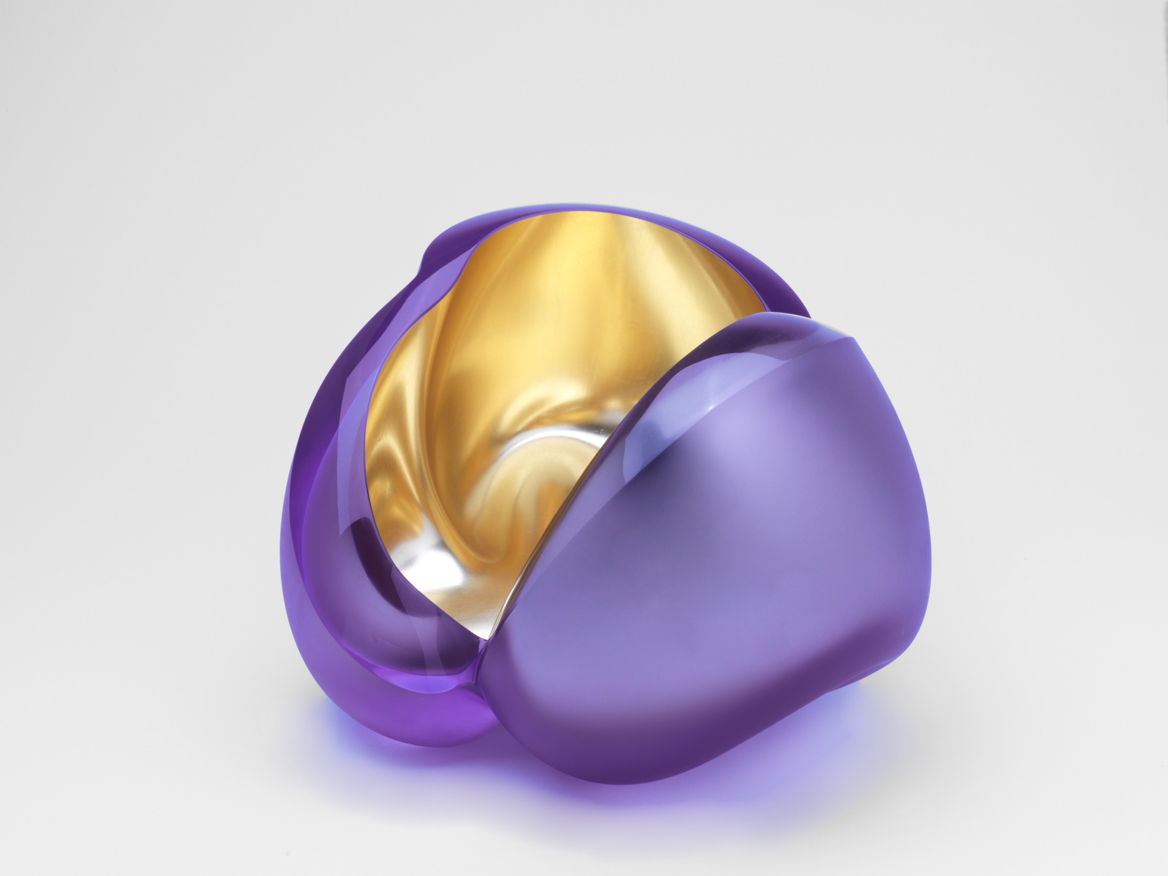 <span class=&#34;link fancybox-details-link&#34;><a href=&#34;/exhibitions/23/works/artworks5490/&#34;>View Detail Page</a></span><div class=&#34;medium&#34;>Handblown Glass and 23,5 KR orange gold</div> <div class=&#34;dimensions&#34;>19 x 28 x 32 cm</div>
