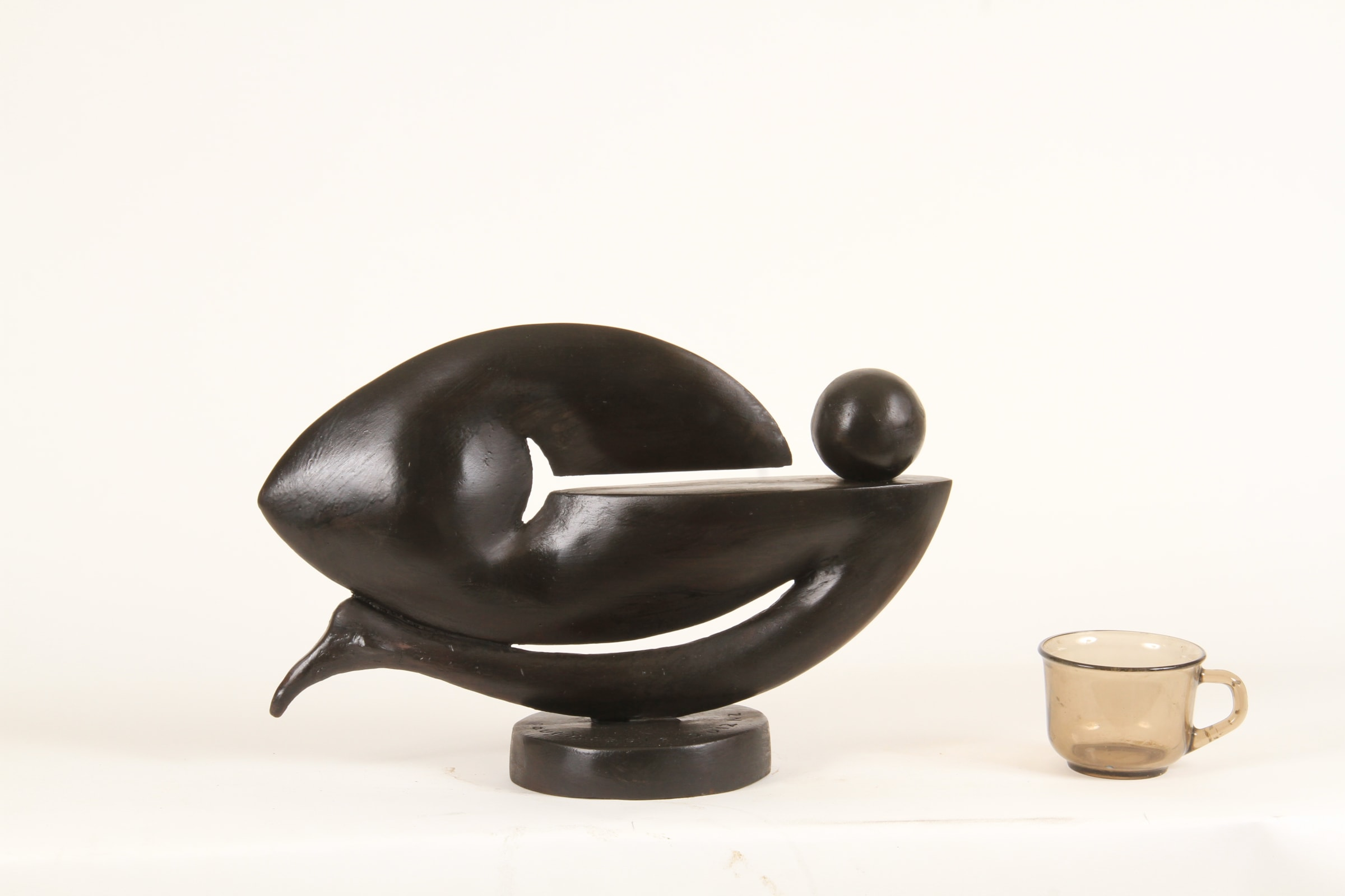<span class=&#34;link fancybox-details-link&#34;><a href=&#34;/exhibitions/59/works/artworks4989/&#34;>View Detail Page</a></span><div class=&#34;medium&#34;>Cast Patinated Bronze</div> <div class=&#34;dimensions&#34;>10.2 x 14.6 x 5.9 in<br />26 x 37 x 15 cm</div>