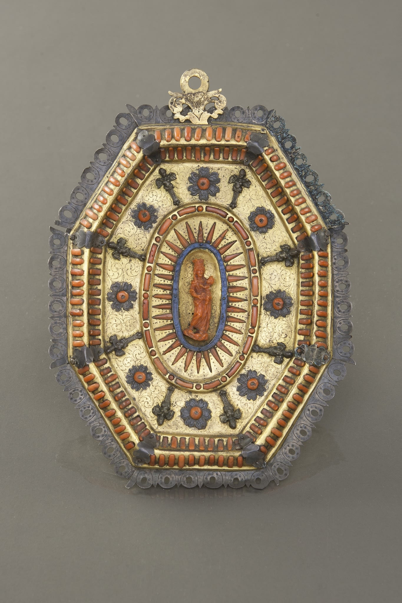 https://artlogic-res.cloudinary.com/w_2400,h_2400,c_limit,f_auto,fl_lossy,q_auto/artlogicstorage/brunfineart/images/view/18817416e3d834b48e5081330573cdad4927b2a4/brunfineart-trapani-pair-of-plaques-17th-century.jpg