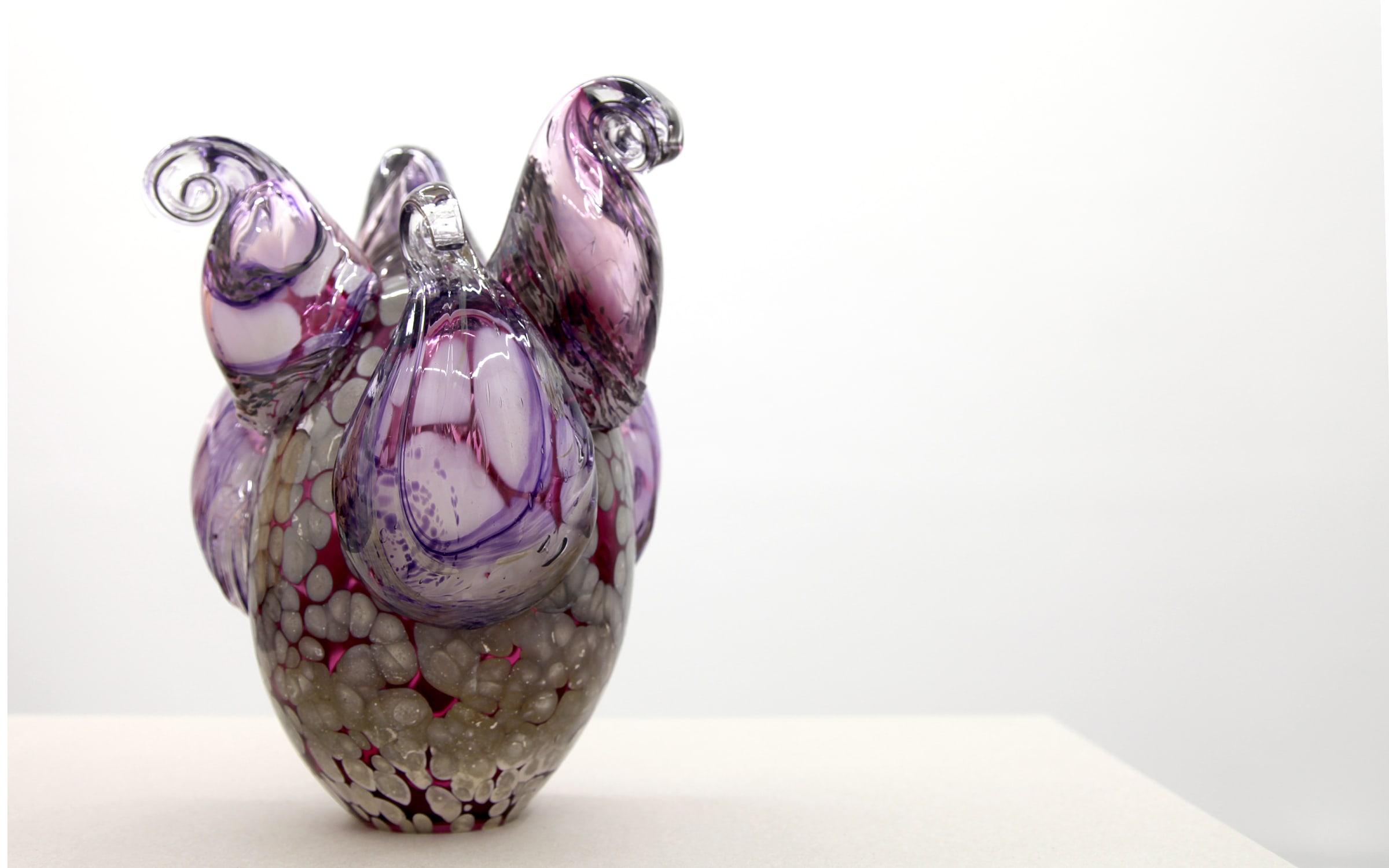 "<span class=""link fancybox-details-link""><a href=""/exhibitions/166/works/artworks15315/"">View Detail Page</a></span><div class=""artist""><strong>Kelly Akashi</strong></div><div class=""title""><em>Curled Lifeform</em>, 2018</div><div class=""medium"">blown glass</div><div class=""dimensions"">35,5 x 23 x 23 cm<br></div>"
