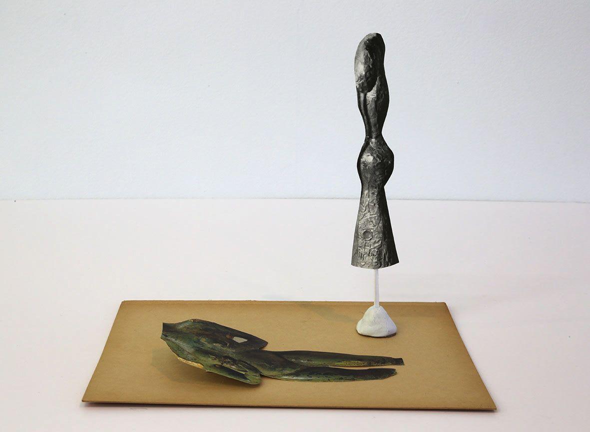"<span class=""link fancybox-details-link""><a href=""/exhibitions/133/works/artworks9431/"">View Detail Page</a></span><div class=""artist""><strong> Geoffrey Farmer</strong></div><div class=""title""><em>Universal Sculpture Series 2</em>, 2013</div><div class=""medium"">paper, glue, putty</div><div class=""dimensions"">20.3 x 15.2 x 17.8 cm<br>7 15/16 x 5 15/16 x 7 in</div>"