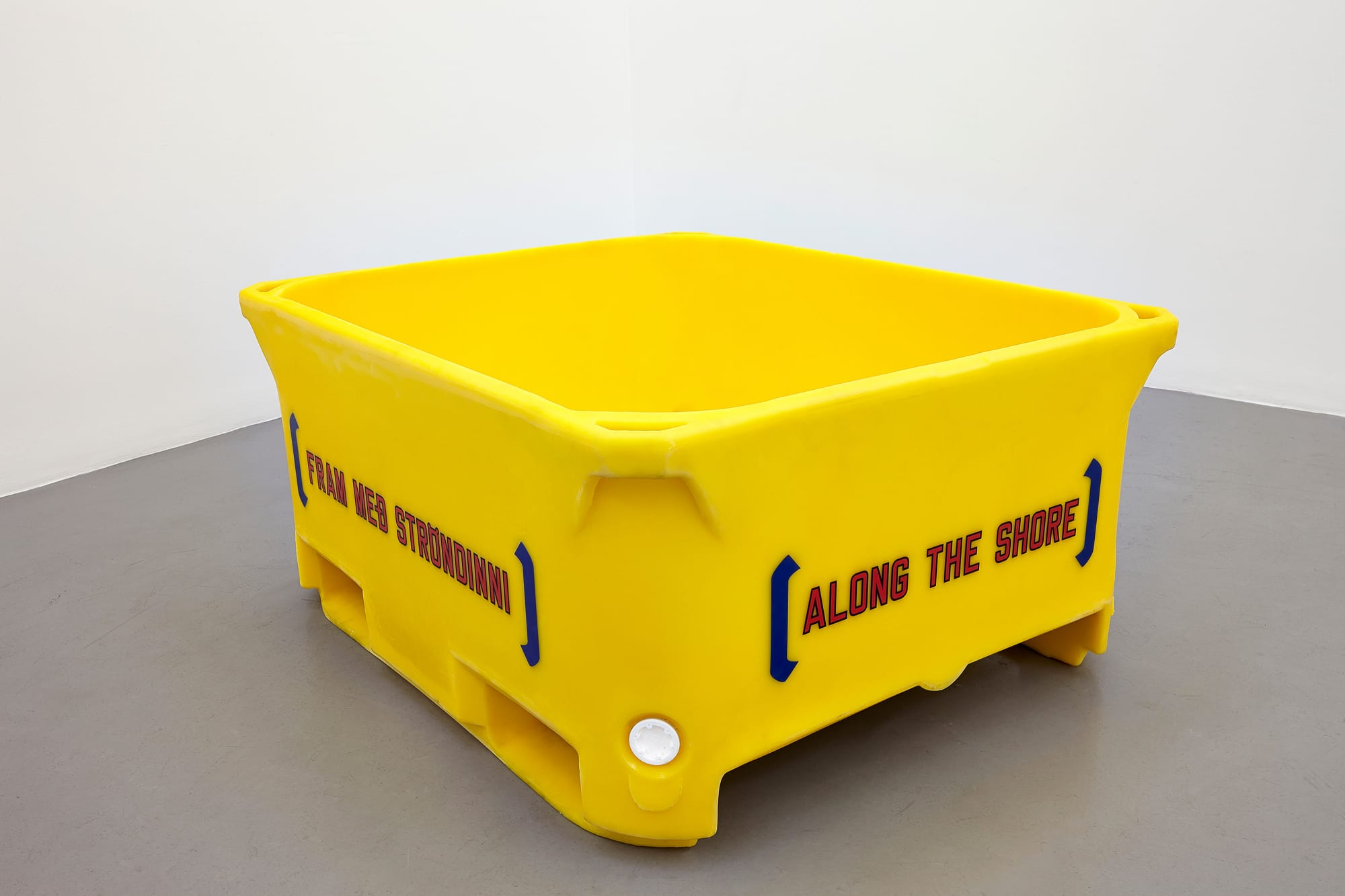 "<span class=""link fancybox-details-link""><a href=""/exhibitions/141/works/artworks13665/"">View Detail Page</a></span><div class=""artist""><strong>LAWRENCE WEINER</strong></div><div class=""title""><em>Fram með ströndinni / Along the Shore</em>, 2014</div><div class=""signed_and_dated"">signed and numbered, bottom</div><div class=""medium"">polyethylene fiskikar /polyethylene fish tub</div><div class=""dimensions"">58.0 x 122.0 x 103.0 cm<br>22 13/16 x 48 x 40 1/2 in</div><div class=""edition_details""></div>"