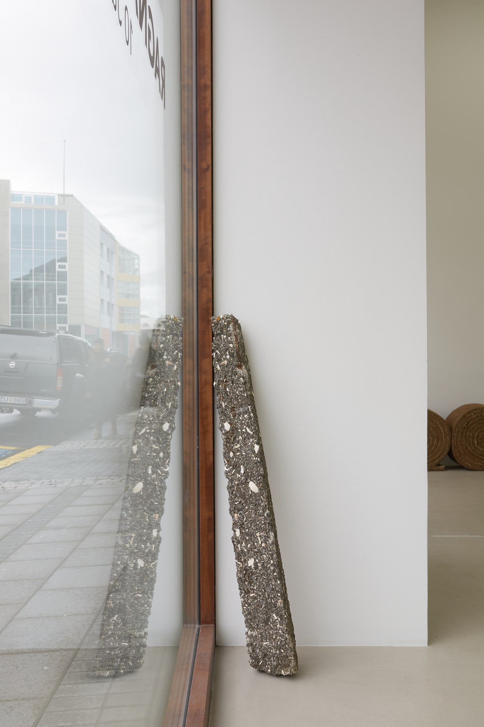 "<span class=""link fancybox-details-link""><a href=""/exhibitions/185/works/artworks17783/"">View Detail Page</a></span><div class=""artist""><strong>RAGNA RÓBERTSDÓTTIR</strong></div><div class=""title""><em>Seascape</em>, 2012</div><div class=""medium"">concrete with sea shells from Arnarfjörður</div><div class=""dimensions"">118 x 18 x 14 cm<br>46 1/2 x 7 1/8 x 5 1/2 in</div>"