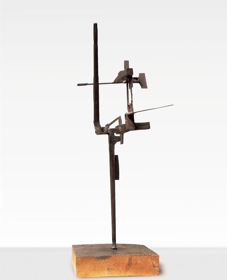 "<span class=""link fancybox-details-link""><a href=""/artists/60-miguel-ortiz-berrocal/works/473-miguel-ortiz-berrocal-opus-9-petite-sculpture-roma-1957/"">View Detail Page</a></span><div class=""artist""><strong>Miguel Ortiz Berrocal</strong></div> <div class=""title""><em>Opus 9 Petite sculpture Roma</em>, 1957</div> <div class=""medium"">Ferro forgiato e saldato</div> <div class=""dimensions"">cm 76x70x37</div>"