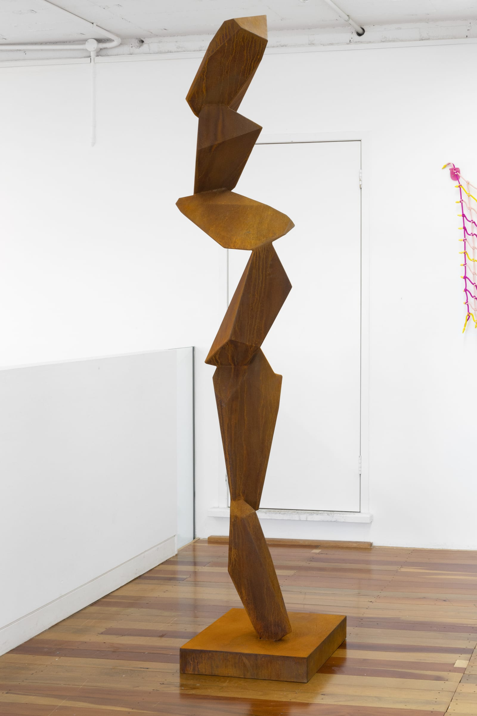 """<span class=""""link fancybox-details-link""""><a href=""""/exhibitions/128/works/artworks9044/"""">View Detail Page</a></span><div class=""""medium"""">NZ made corten steel<br /> </div> <div class=""""dimensions"""">2150 x 500 x 500</div>"""