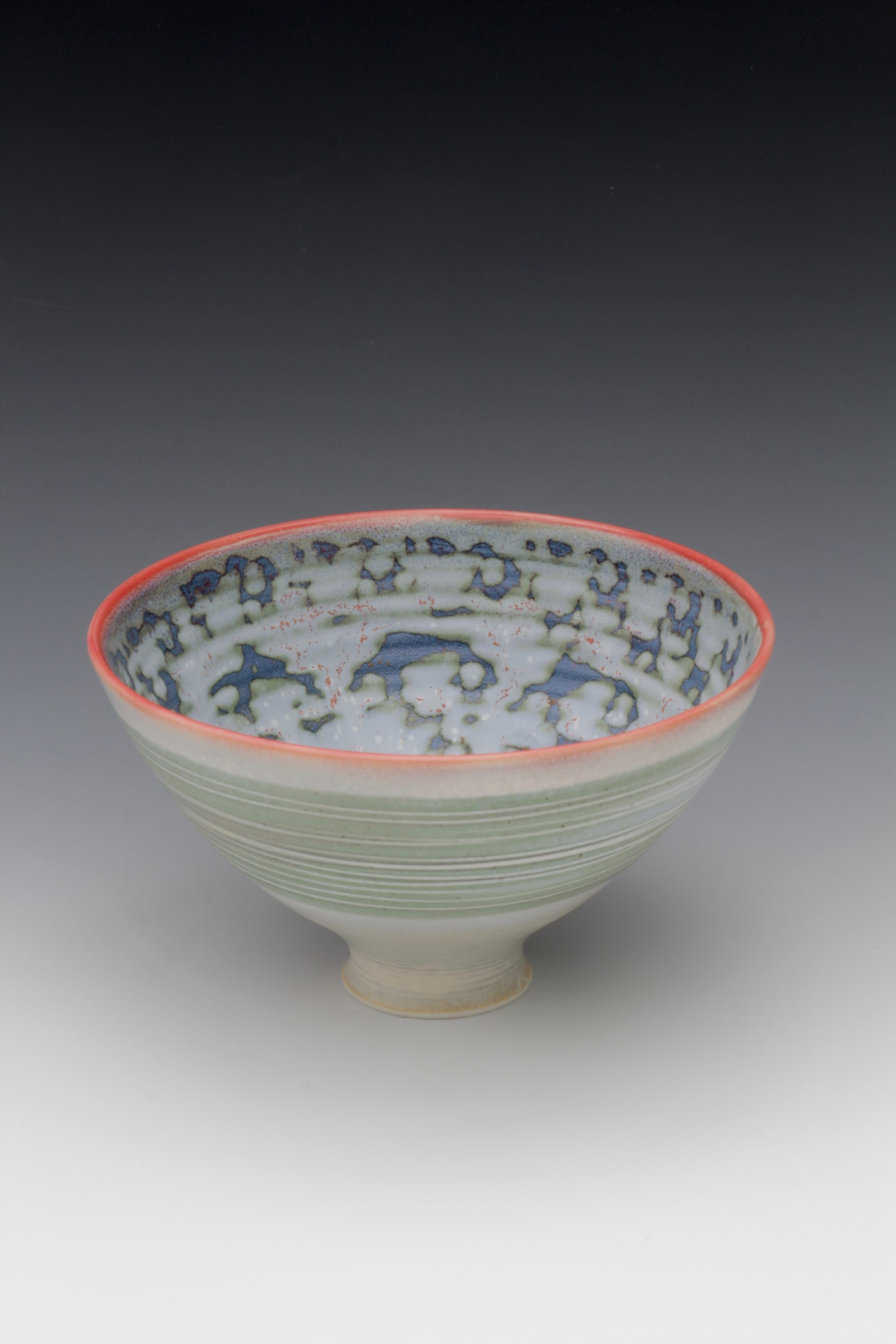 """<span class=""""link fancybox-details-link""""><a href=""""/artists/61-geoffrey-swindell/works/6315-geoffrey-swindell-bowl-2019/"""">View Detail Page</a></span><div class=""""artist""""><strong>Geoffrey Swindell</strong></div> b. 1945 <div class=""""title""""><em>Bowl</em>, 2019</div> <div class=""""signed_and_dated"""">impressed artist's seal to base</div> <div class=""""medium"""">porcelain</div><div class=""""price"""">£140.00</div><div class=""""copyright_line"""">Own Art £14 x 10 months 0% APR</div>"""