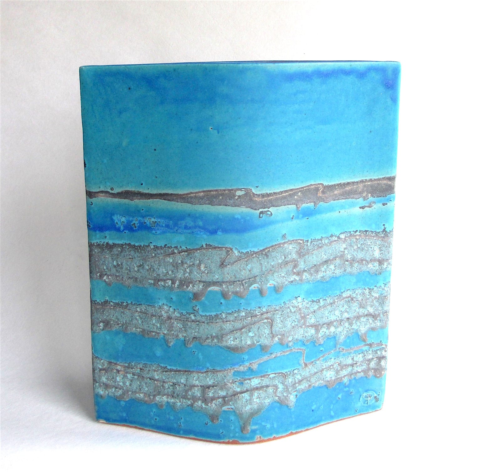 """<span class=""""link fancybox-details-link""""><a href=""""/artists/44-sarah-perry/works/7300-sarah-perry-blue-water-ellipse-2020/"""">View Detail Page</a></span><div class=""""artist""""><strong>Sarah Perry</strong></div> b. 1945 <div class=""""title""""><em>Blue Water Ellipse</em>, 2020</div> <div class=""""signed_and_dated"""">impressed with the artist's seal mark 'SP'</div> <div class=""""medium"""">stoneware </div> <div class=""""dimensions"""">h 29 x w 24 cm</div><div class=""""copyright_line"""">Ownart: £35.20 x 10 Months, 0% APR</div>"""
