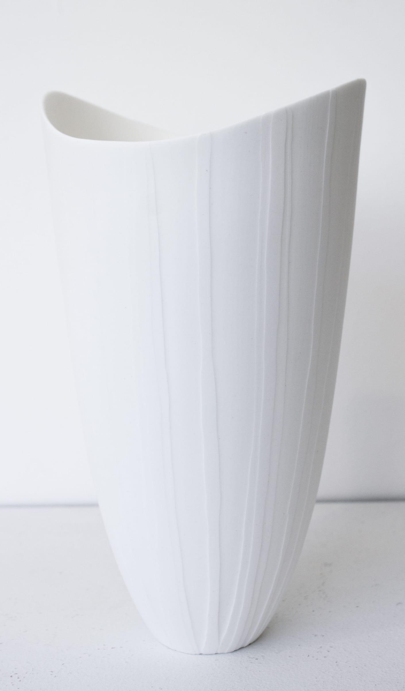 "<span class=""link fancybox-details-link""><a href=""/artists/60-sasha-wardell/works/7789-sasha-wardell-veil-tall-ripple-vase-2021/"">View Detail Page</a></span><div class=""artist""><strong>Sasha Wardell</strong></div> <div class=""title""><em>'Veil' Tall Ripple Vase</em>, 2021</div> <div class=""medium"">bone china</div> <div class=""dimensions"">h. 23 cm</div><div class=""price"">£210.00</div><div class=""copyright_line"">Own Art: £21 x 10 Months, 0% APR</div>"