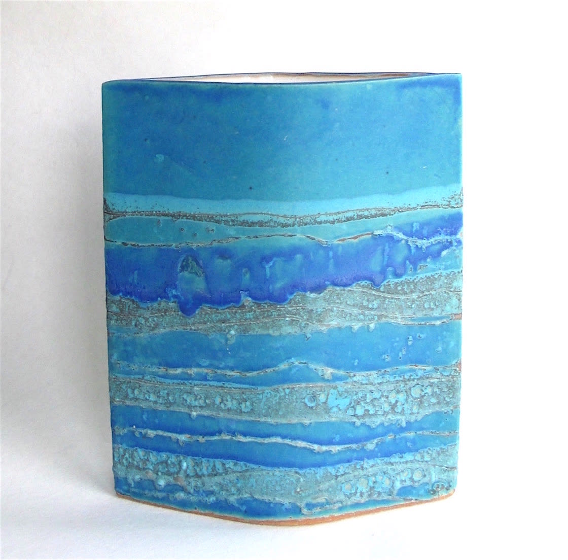 "<span class=""link fancybox-details-link""><a href=""/artists/44-sarah-perry/works/7442-sarah-perry-blue-water-ellipse-2020/"">View Detail Page</a></span><div class=""artist""><strong>Sarah Perry</strong></div> <div class=""title""><em>Blue Water Ellipse</em>, 2020</div> <div class=""medium"">Stoneware<br /> Impressed with the artist's seal 'SP'</div> <div class=""dimensions"">h. 28 cm x w. 24 cm x d. 6.5 cm</div><div class=""copyright_line"">Own Art: £35.20 x 10 months, 0% APR</div>"