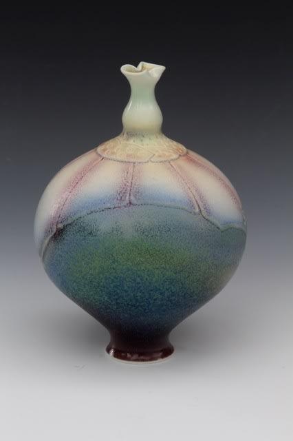 "<span class=""link fancybox-details-link""><a href=""/artists/61-geoffrey-swindell/works/812-geoffrey-swindell-vessel-2014/"">View Detail Page</a></span><div class=""artist""><strong>Geoffrey Swindell</strong></div> b. 1945 <div class=""title""><em>Vessel</em>, 2014</div> <div class=""signed_and_dated"">Studio stamp on base</div> <div class=""medium"">Porcelain</div> <div class=""dimensions"">h. 12 cm</div><div class=""price"">£255.00</div><div class=""copyright_line"">Copyright The Artist</div>"