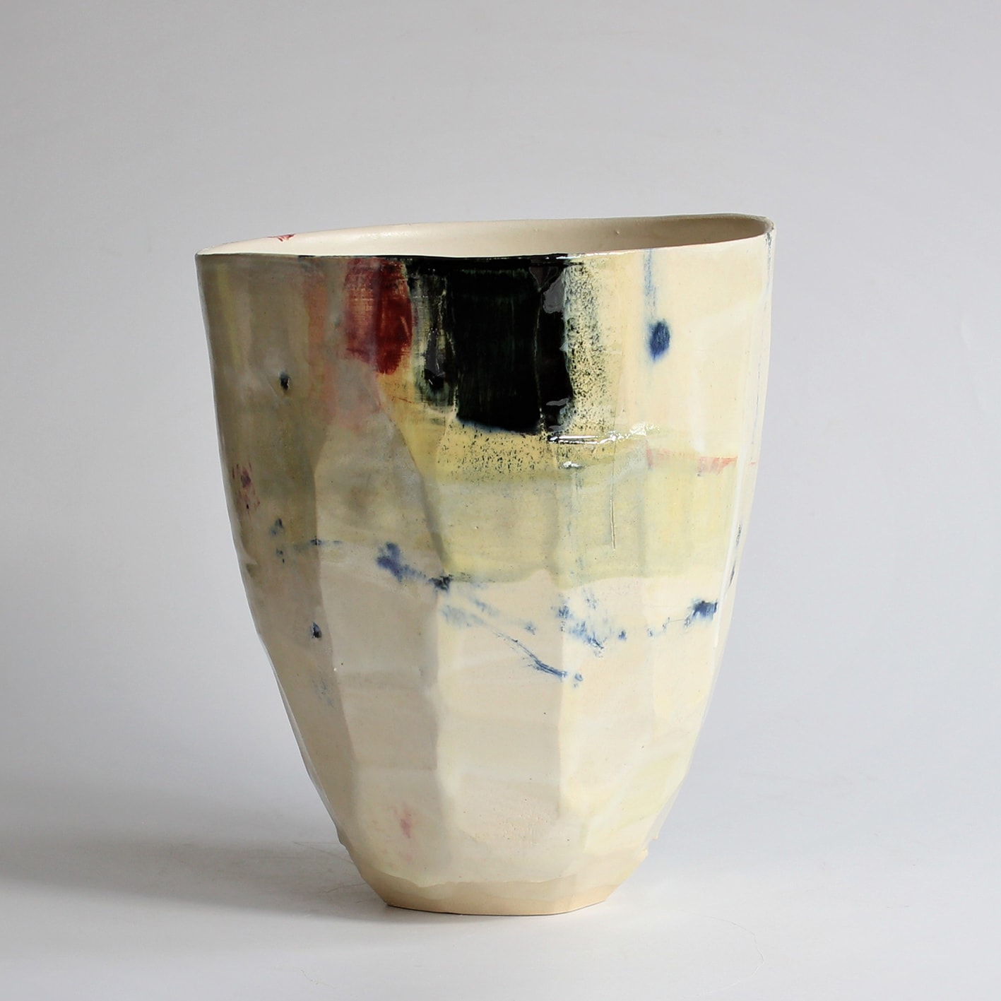 """<span class=""""link fancybox-details-link""""><a href=""""/artists/34-barry-stedman/works/6720-barry-stedman-each-passing-day-series-vessel-a-2019/"""">View Detail Page</a></span><div class=""""artist""""><strong>Barry Stedman</strong></div> b. 1965 <div class=""""title""""><em>'Each Passing Day' Series Vessel (A)</em>, 2019</div> <div class=""""medium"""">thrown and altered earthenware, decorated with slips</div> <div class=""""dimensions"""">21 x 17 cm</div><div class=""""copyright_line"""">Own Art: £ 35.20 x 10 Months, 0% APR</div>"""