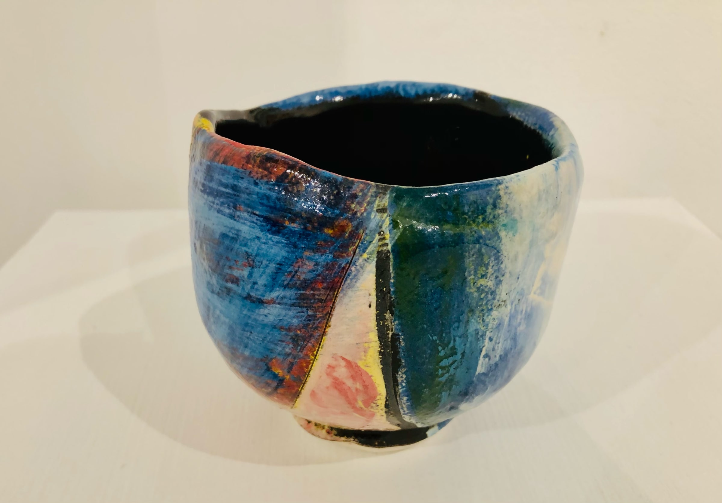 """<span class=""""link fancybox-details-link""""><a href=""""/artists/100-john-pollex/works/7422-john-pollex-tea-bowl-hand-built-2020/"""">View Detail Page</a></span><div class=""""artist""""><strong>John Pollex</strong></div> <div class=""""title""""><em>Tea bowl (hand built)</em>, 2020</div> <div class=""""signed_and_dated"""">impressed with the artist's seal mark 'JP'</div> <div class=""""medium"""">white earthenware decorated with coloured slips</div> <div class=""""dimensions"""">height. 10 cm x diameter. 10 cm</div><div class=""""price"""">£88.00</div><div class=""""copyright_line"""">Copyright The Artist</div>"""