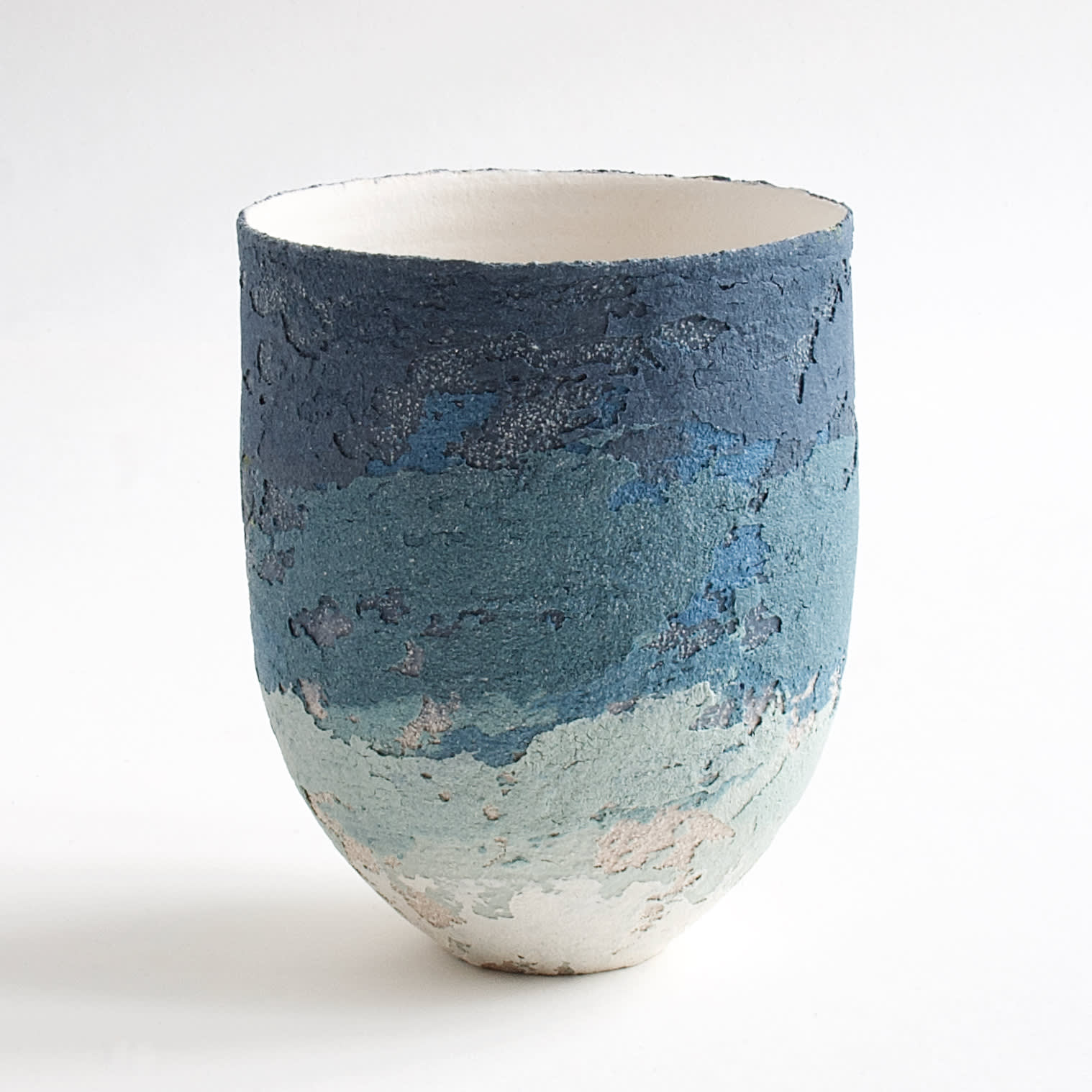 """<span class=""""link fancybox-details-link""""><a href=""""/artists/79-clare-conrad/works/8121-clare-conrad-vessel-white-interior-2021/"""">View Detail Page</a></span><div class=""""artist""""><strong>Clare Conrad</strong></div> b. 1948 <div class=""""title""""><em>Vessel, white interior</em>, 2021</div> <div class=""""medium"""">wheel-thrown stoneware </div> <div class=""""dimensions"""">h. 11.5 cm </div><div class=""""price"""">£132.00</div><div class=""""copyright_line"""">Own Art: £13.20 x 10 Months, 0% APR</div>"""
