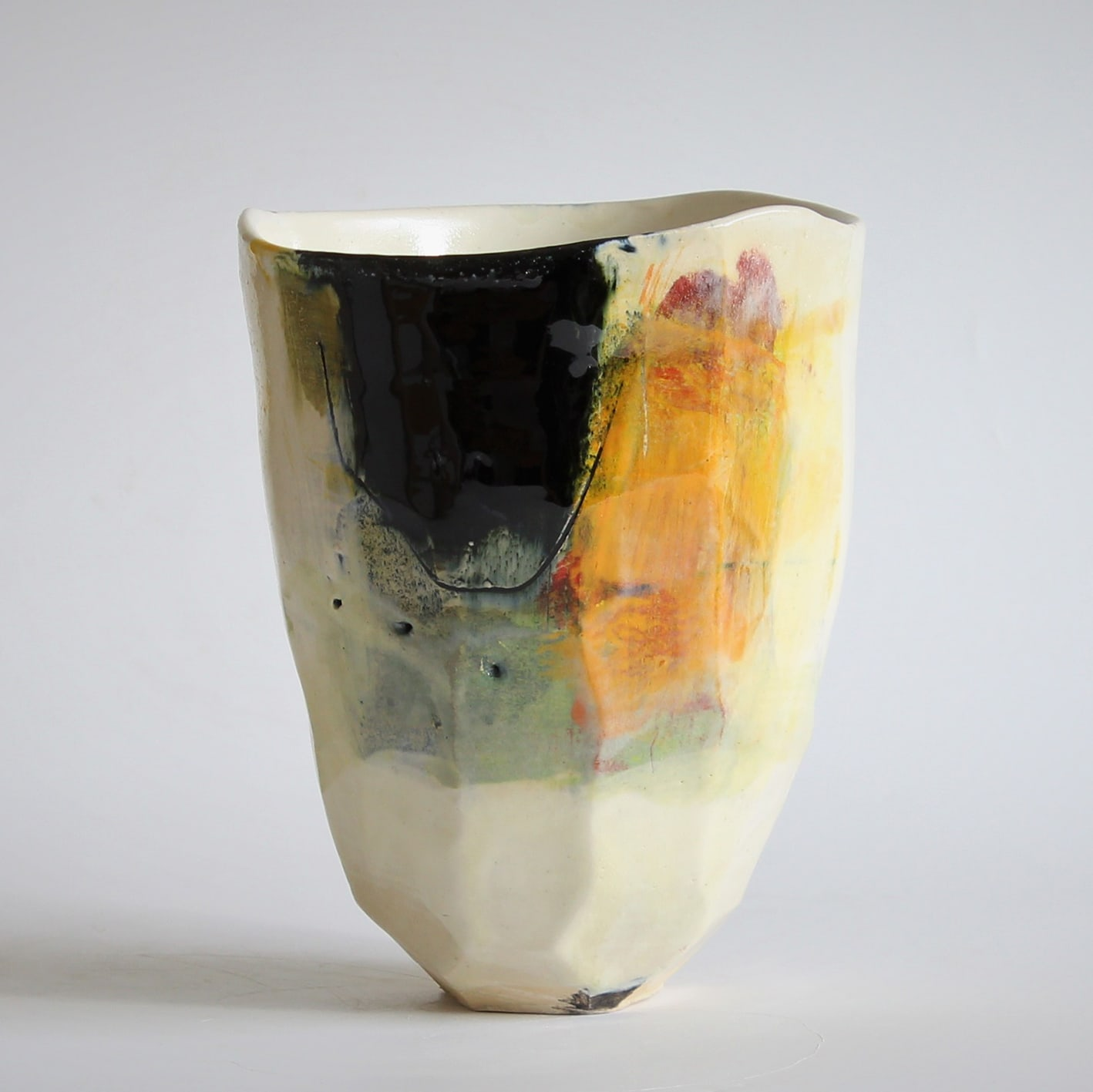 """<span class=""""link fancybox-details-link""""><a href=""""/artists/34-barry-stedman/works/6717-barry-stedman-each-passing-day-series-vessel-b-2019/"""">View Detail Page</a></span><div class=""""artist""""><strong>Barry Stedman</strong></div> b. 1965 <div class=""""title""""><em>'Each Passing Day' Series Vessel (B)</em>, 2019</div> <div class=""""medium"""">thrown and altered earthenware, decorated with slips</div> <div class=""""dimensions"""">19 x 15 cm</div><div class=""""copyright_line"""">Own Art: £ 29.90 x 10 Months, 0% APR</div>"""