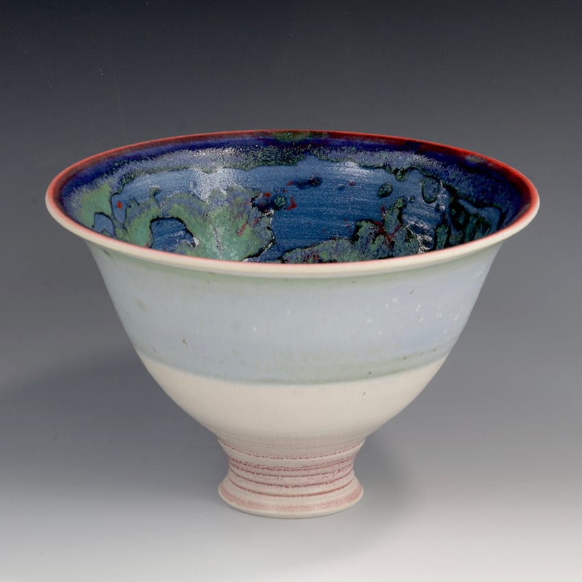 "<span class=""link fancybox-details-link""><a href=""/artists/61-geoffrey-swindell/works/6898-geoffrey-swindell-bowl-2020/"">View Detail Page</a></span><div class=""artist""><strong>Geoffrey Swindell</strong></div> b. 1945 <div class=""title""><em>Bowl</em>, 2020</div> <div class=""signed_and_dated"">impressed artist's seal to base</div> <div class=""medium"">porcelain</div><div class=""copyright_line"">Own Art: £ 14.50 x 10 Months, 0% APR</div>"