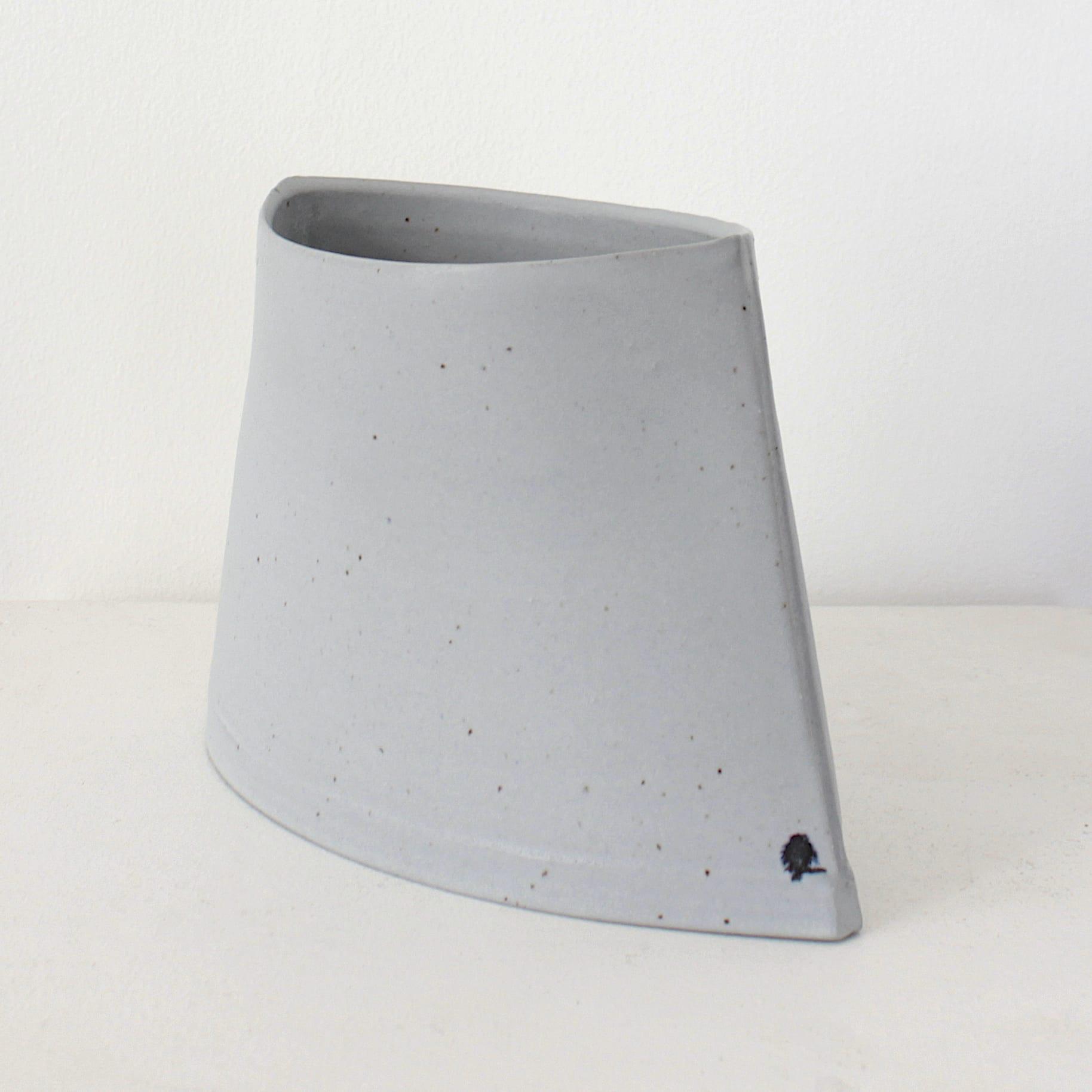 "<span class=""link fancybox-details-link""><a href=""/artists/99-carina-ciscato/works/7882-carina-ciscato-small-coloured-porcelain-pocket-pot-2021/"">View Detail Page</a></span><div class=""artist""><strong>Carina Ciscato</strong></div> <div class=""title""><em>Small Coloured Porcelain Pocket Pot</em>, 2021</div> <div class=""signed_and_dated"">artist stamp</div> <div class=""medium"">porcelain</div> <div class=""dimensions"">12 x 19 x 9 cm</div><div class=""price"">£352.00</div><div class=""copyright_line"">Own Art: £35.20 x 10 Months, 0% APR</div>"