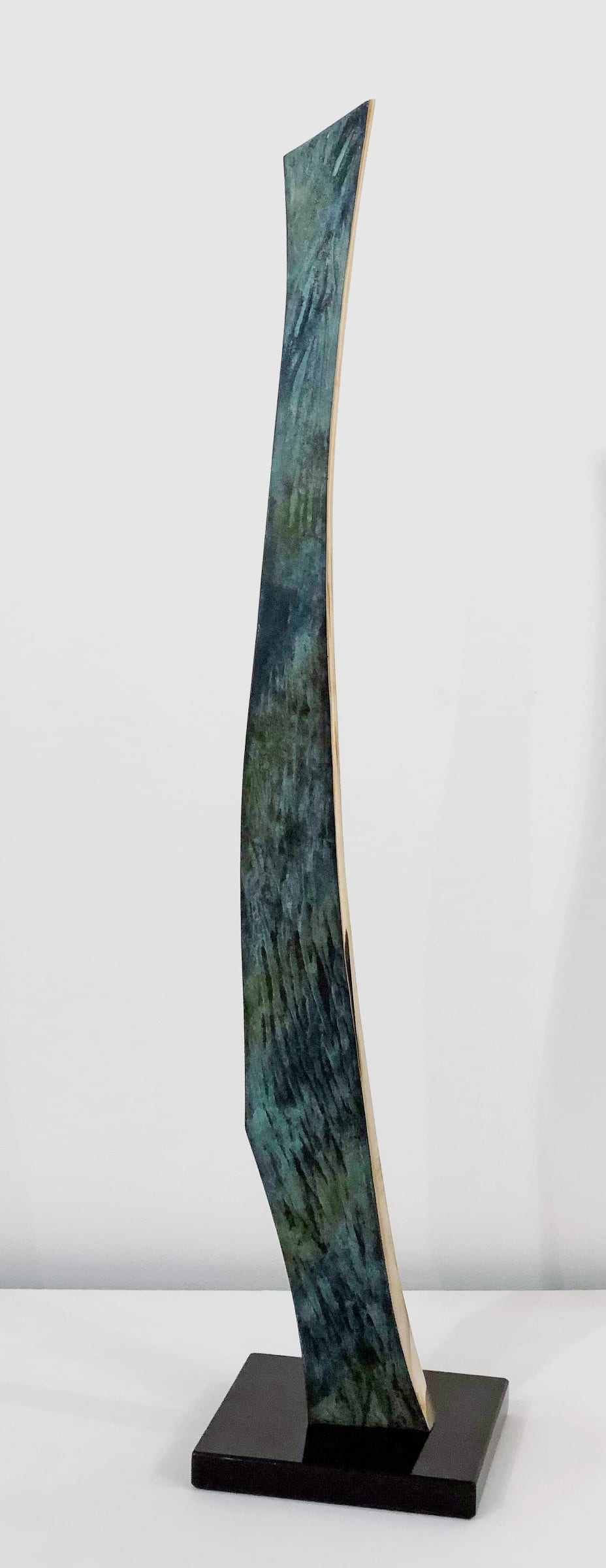 """<span class=""""link fancybox-details-link""""><a href=""""/artists/69-margaret-lovell-d.litt.-hon-frbs-rwa/works/7571-margaret-lovell-d.litt.-hon-frbs-rwa-omaha-verde-2019/"""">View Detail Page</a></span><div class=""""artist""""><strong>Margaret Lovell D.Litt. Hon FRBS RWA</strong></div> b. 1939 <div class=""""title""""><em>Omaha Verde</em>, 2019</div> <div class=""""signed_and_dated"""">Stamped<br /> Patinated bronze on slate base</div> <div class=""""dimensions"""">h. 72.5 cm x w. 15 cm (base)</div> <div class=""""edition_details"""">Unique</div><div class=""""price"""">£4,000.00</div><div class=""""copyright_line"""">Copyright The Artist</div>"""