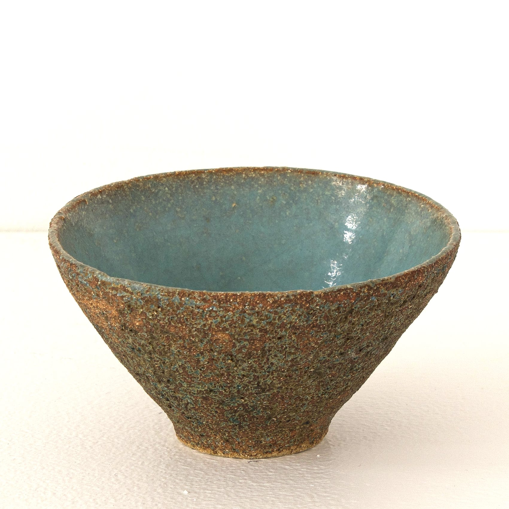 """<span class=""""link fancybox-details-link""""><a href=""""/artists/410-sotis-filippides/works/7701-sotis-filippides-small-bowl-2021/"""">View Detail Page</a></span><div class=""""artist""""><strong>Sotis Filippides</strong></div> <div class=""""title""""><em>Small Bowl</em>, 2021</div> <div class=""""signed_and_dated"""">impressed to the base with the artist's seal mark</div> <div class=""""medium"""">thrown stoneware</div> <div class=""""dimensions"""">h. 6 x dia. 10 cm</div><div class=""""copyright_line"""">Own Art: £5.50 x 10 Months, 0% APR</div>"""