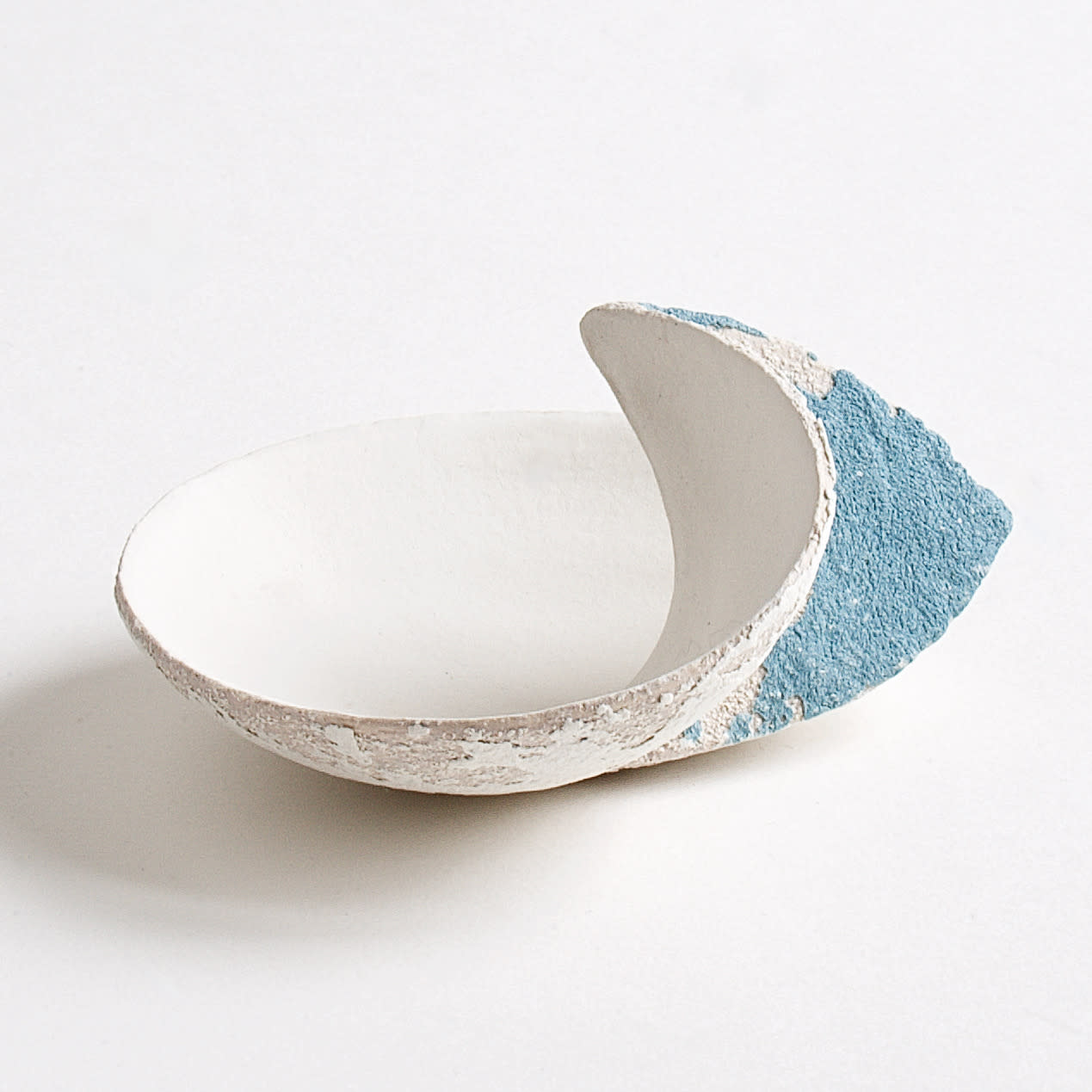 """<span class=""""link fancybox-details-link""""><a href=""""/artists/79-clare-conrad/works/8131-clare-conrad-tiny-wave-dish-white-with-ocean-2021/"""">View Detail Page</a></span><div class=""""artist""""><strong>Clare Conrad</strong></div> b. 1948 <div class=""""title""""><em>Tiny wave dish, white with ocean</em>, 2021</div> <div class=""""medium"""">wheel-thrown stoneware </div> <div class=""""dimensions"""">dia. 10 cm </div><div class=""""price"""">£110.00</div><div class=""""copyright_line"""">Own Art: £11 x 10 Months, 0% APR</div>"""